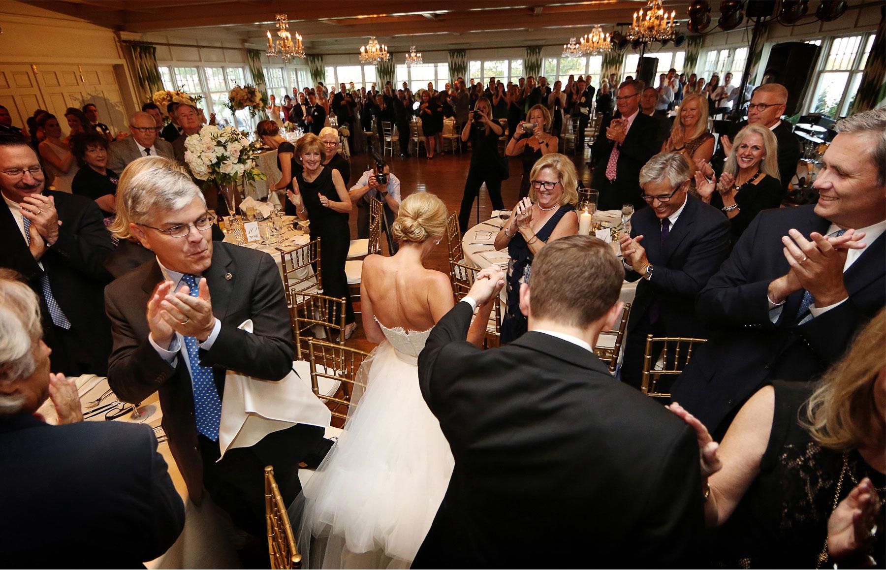 24-Minneapolis-Minnesota-Wedding-Photography-by-Vick-Photography-Minikahda-Country-Club-Reception-Sarah-&-Brett.jpg