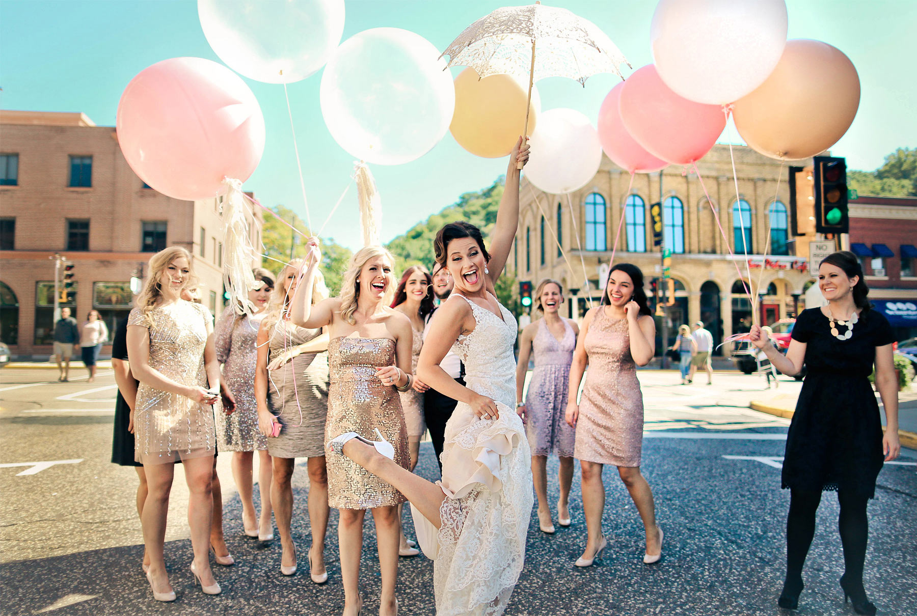 04-Stillwater-Minnesota-Wedding-Photography-by-Vick-Photography-Giant-Balloons-Kick-Up-Your-Heels-Bridesmaids-Tara-&-Ryan.jpg