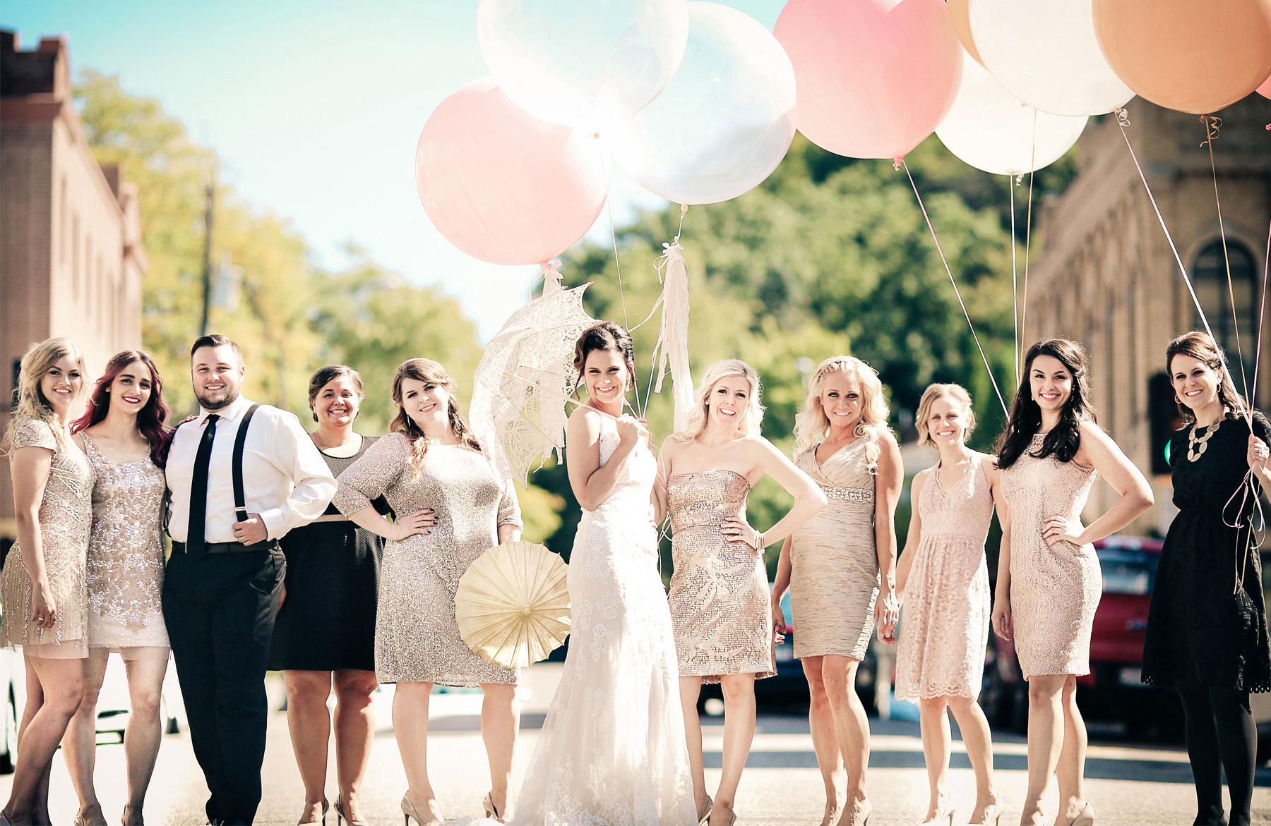 06-Stillwater-Minnesota-Wedding-Photography-by-Vick-Photography-Giant-Balloons-Kick-Up-Your-Heels-Bridesmaids-Tara-&-Ryan.jpg