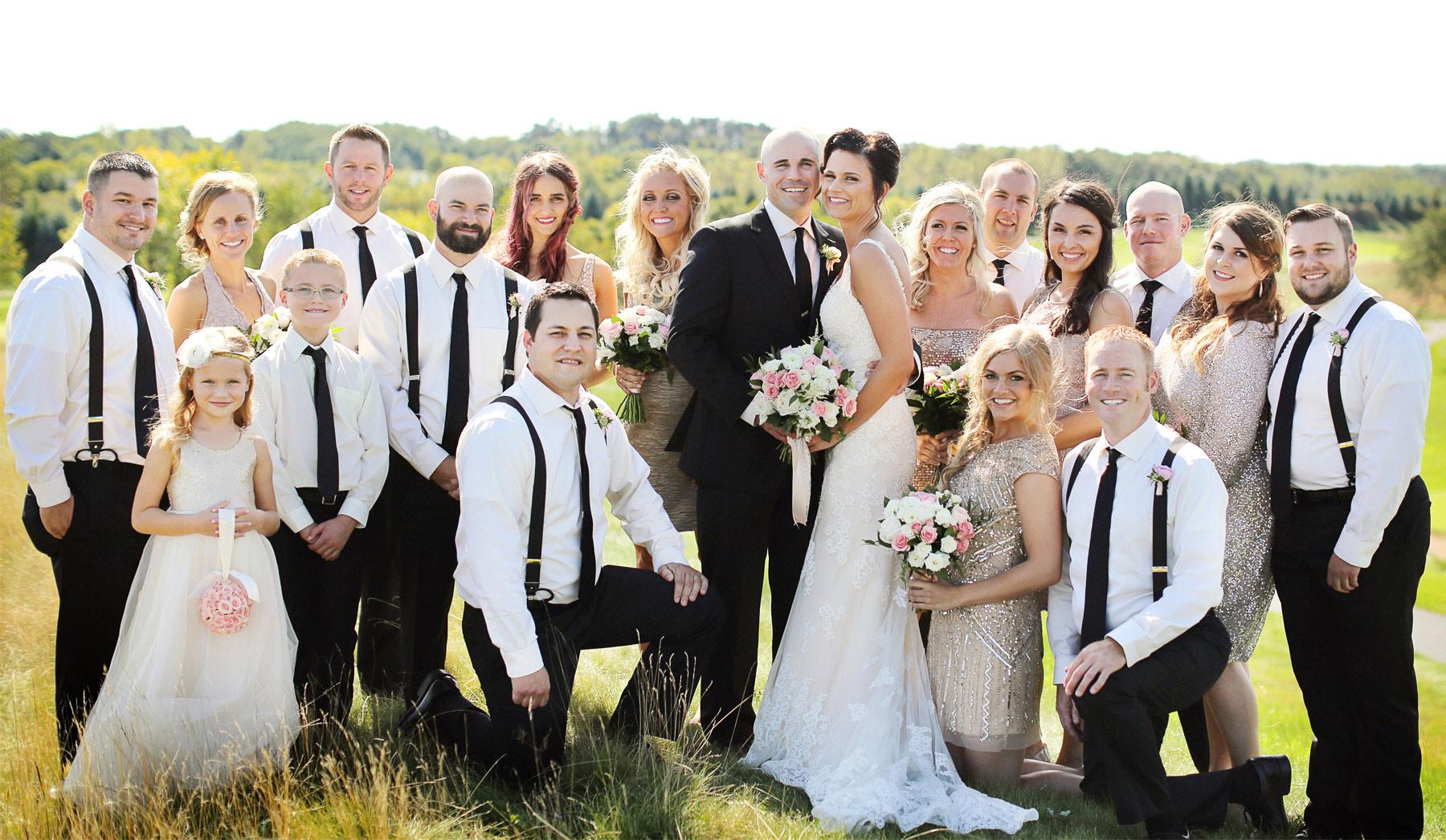 11-Stillwater-Minnesota-Wedding-Photography-by-Vick-Photography-Wedding-Party-Group-Tara-&-Ryan.jpg