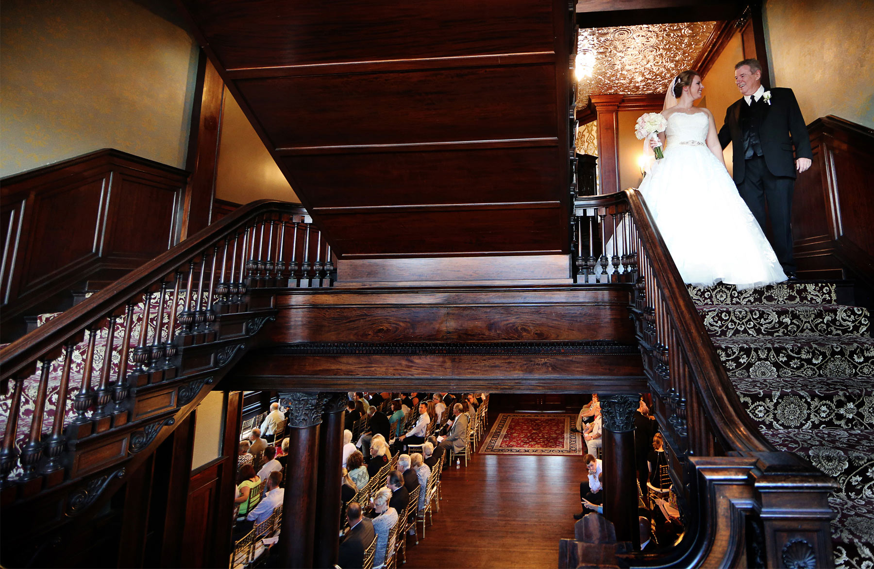 11-Minneapolis-Minnesota-Wedding-Photography-by-Vick-Photography-Semple-Mansion-Ceremony-Grand-Staircase-Caitlin-&-Derrick.jpg