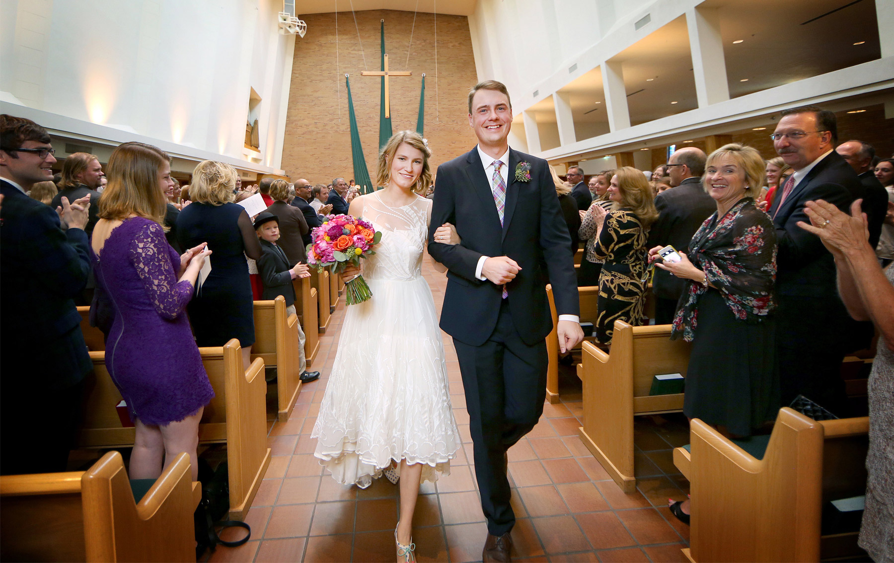 10-Minneapolis-Minnesota-Wedding-Photography-by-Vick-Photography-Normandale-Lutheran-Church-Ceremony-Madeline-&-Matt.jpg