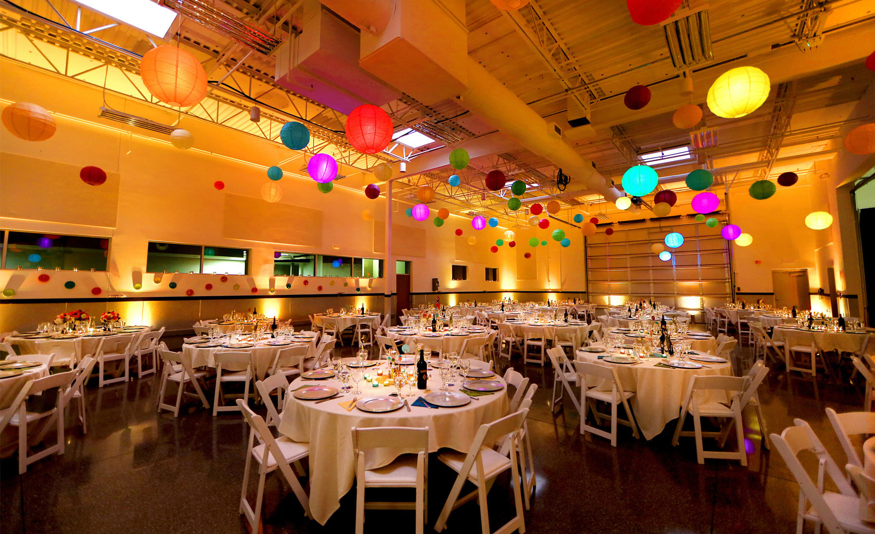 11-Minneapolis-Minnesota-Wedding-Photography-by-Vick-Photography-Reception-Colorful-Decor-Madeline-&-Matt.jpg
