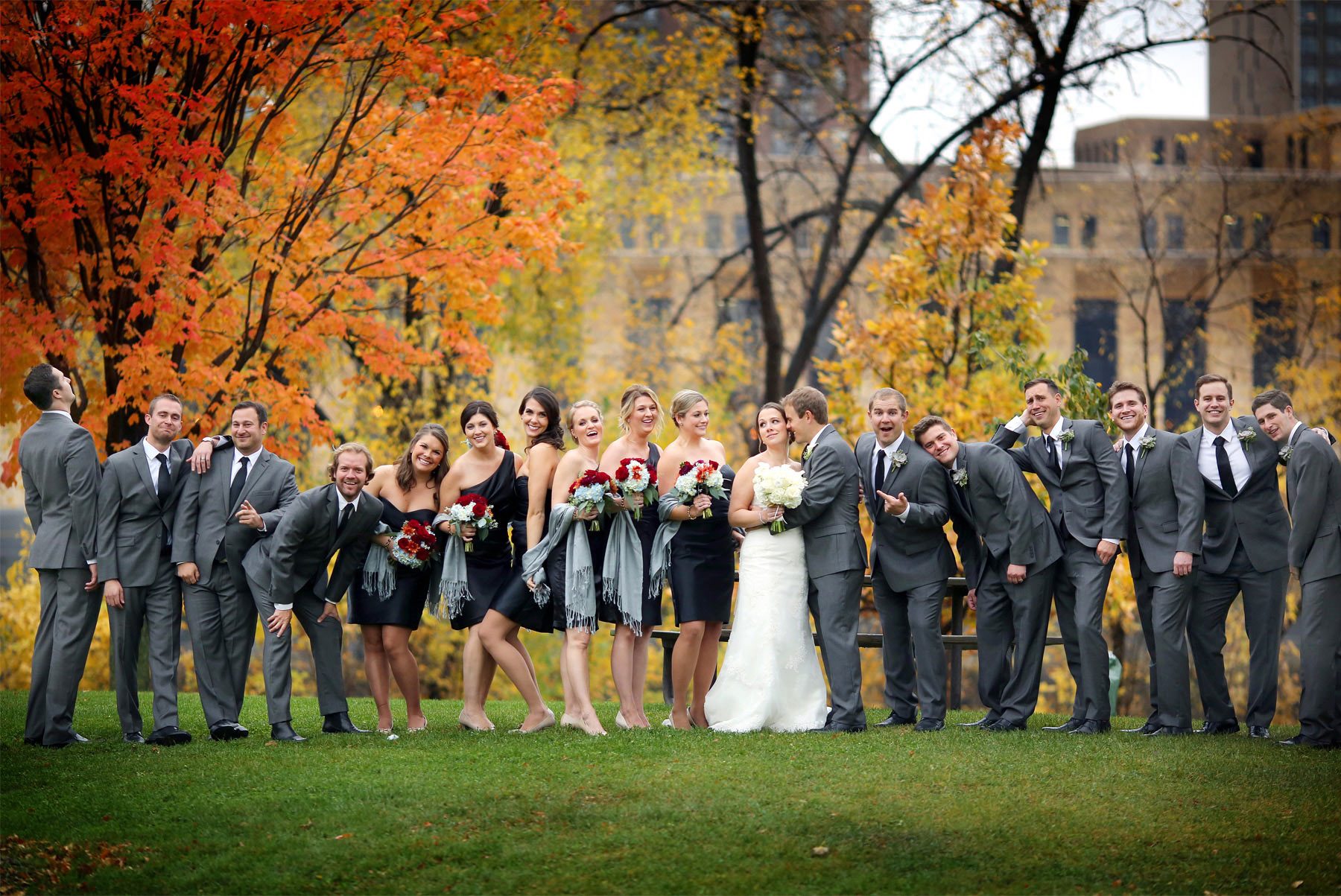 05-Minneapolis-Minnesota-Wedding-Photography-Downtown-Rain-Nicollet-Island-Pavilion-Fall-Colors-Fall-Leaves-Autumn-Wedding-Party-Group-Kalley-and-Ben.jpg