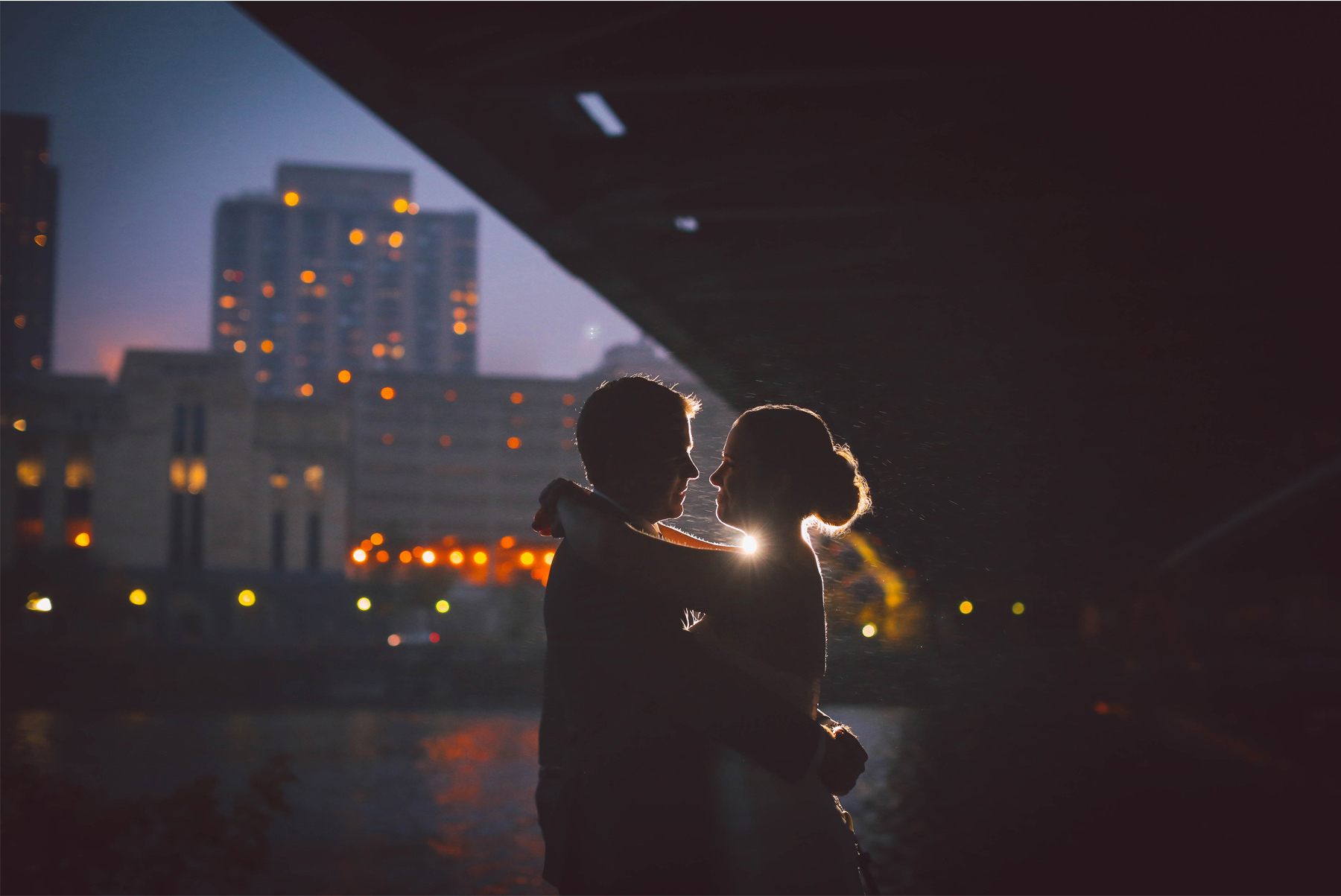 10-Minneapolis-Minnesota-Wedding-Photography-Downtown-Rain-Nicollet-Island-Pavilion-Skyline-Kalley-and-Ben.jpg
