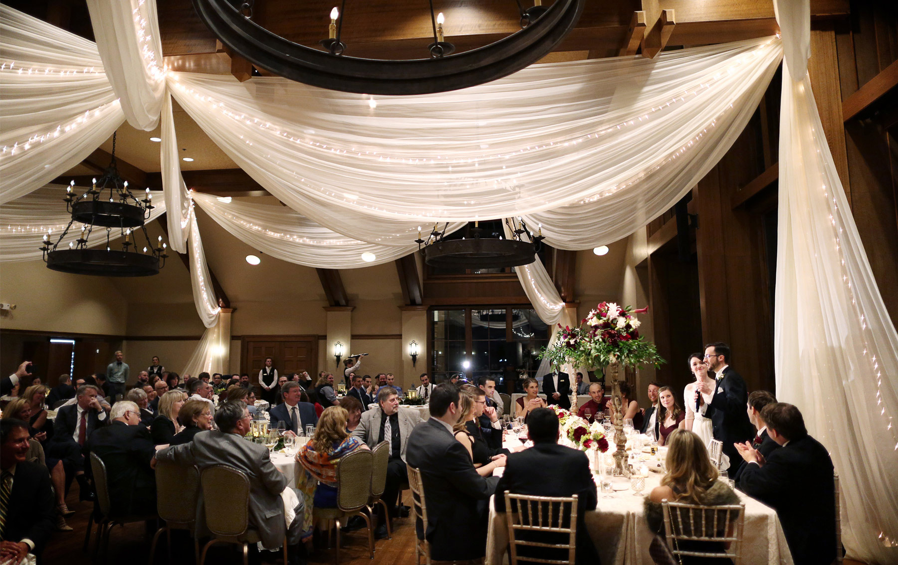16-Minneapolis-Minnesota-Wedding-Photography-by-Vick-Photography-Reception-Interlachen-Country-Club-Sarah-and-Patrick.jpg
