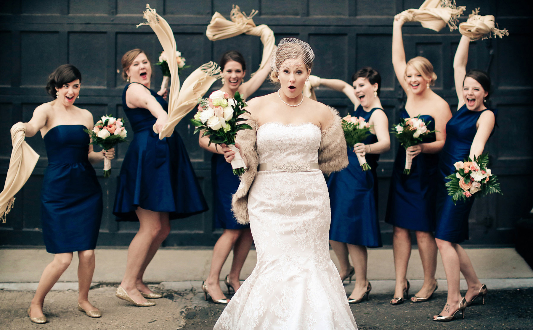 07-Minneapolis-Minnesota-Wedding-Photography-Aria-Bridesmaids-Downtown-Industrial-Heidi-and-Peter.jpg