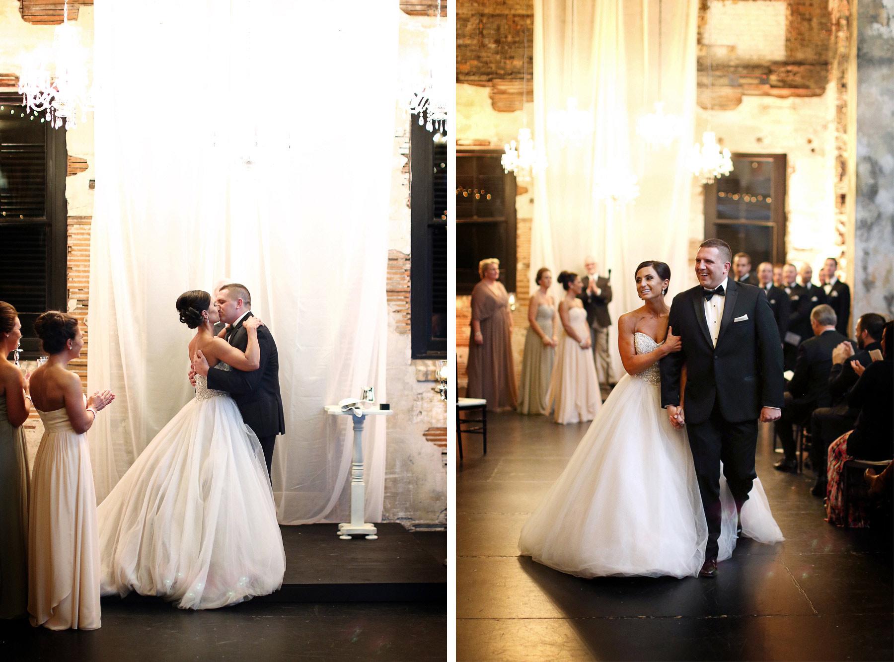 13-Minneapolis-Minnesota-Wedding-Photography-Aria-Downtown-Industrial-Ceremony-Melanie-and-Andrew.jpg