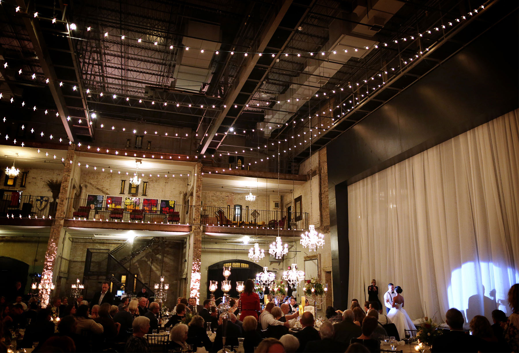 16-Minneapolis-Minnesota-Wedding-Photography-Aria-Downtown-Industrial-Reception-Decor-Melanie-and-Andrew.jpg