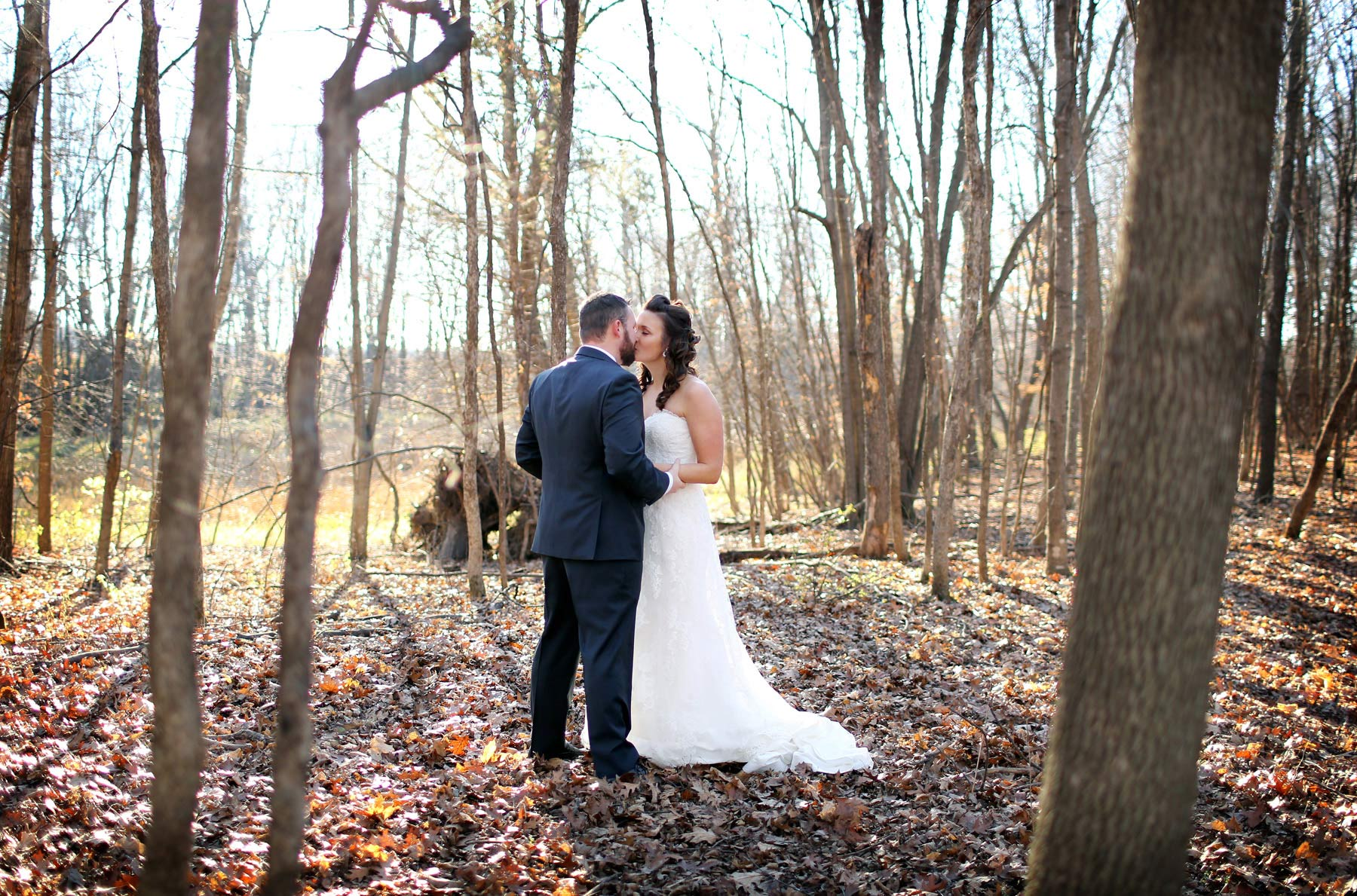 05-Minneapolis-Minnesota-Wedding-Photography-by-Vick-Photography-Prior-Lake-Horse-and-Hunt-Club-Rustic-Woods-Sarah-and-Steve.jpg
