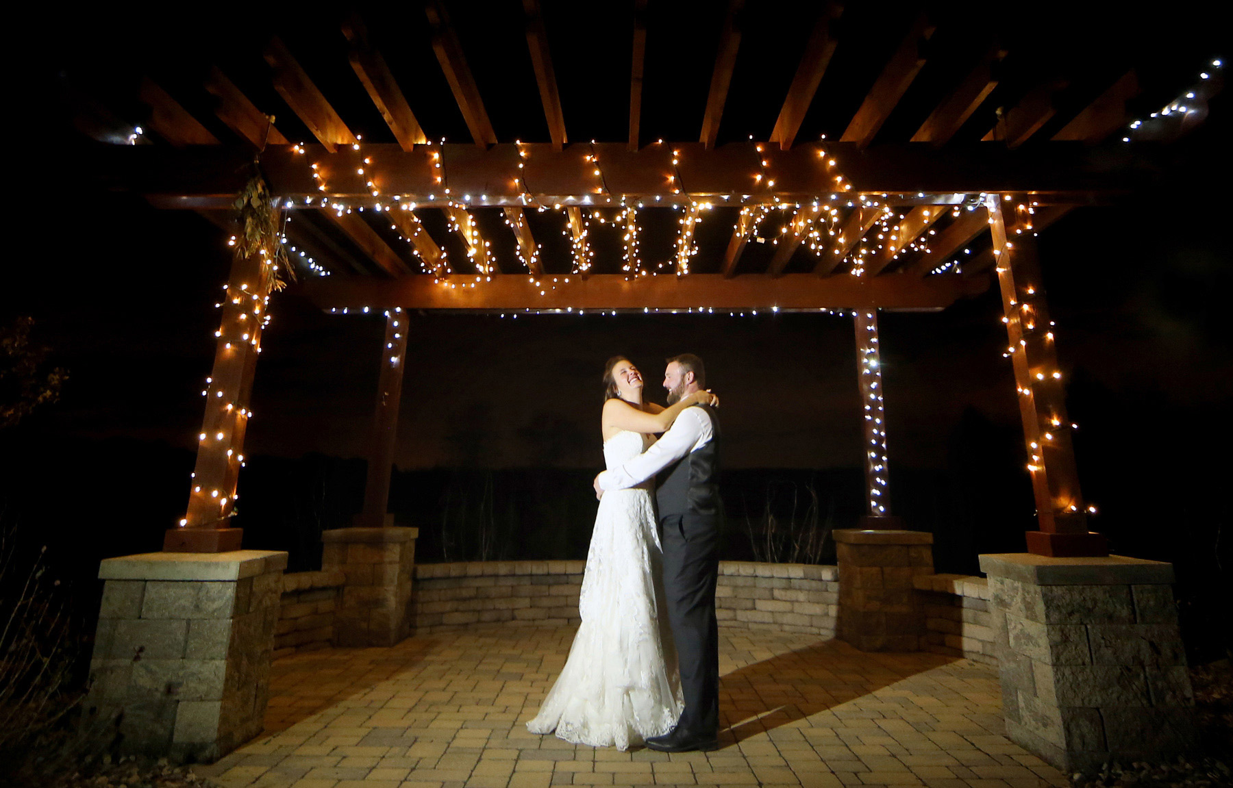 15-Minneapolis-Minnesota-Wedding-Photography-by-Vick-Photography-Prior-Lake-Horse-and-Hunt-Club-Rustic-Night-Sarah-and-Steve.jpg