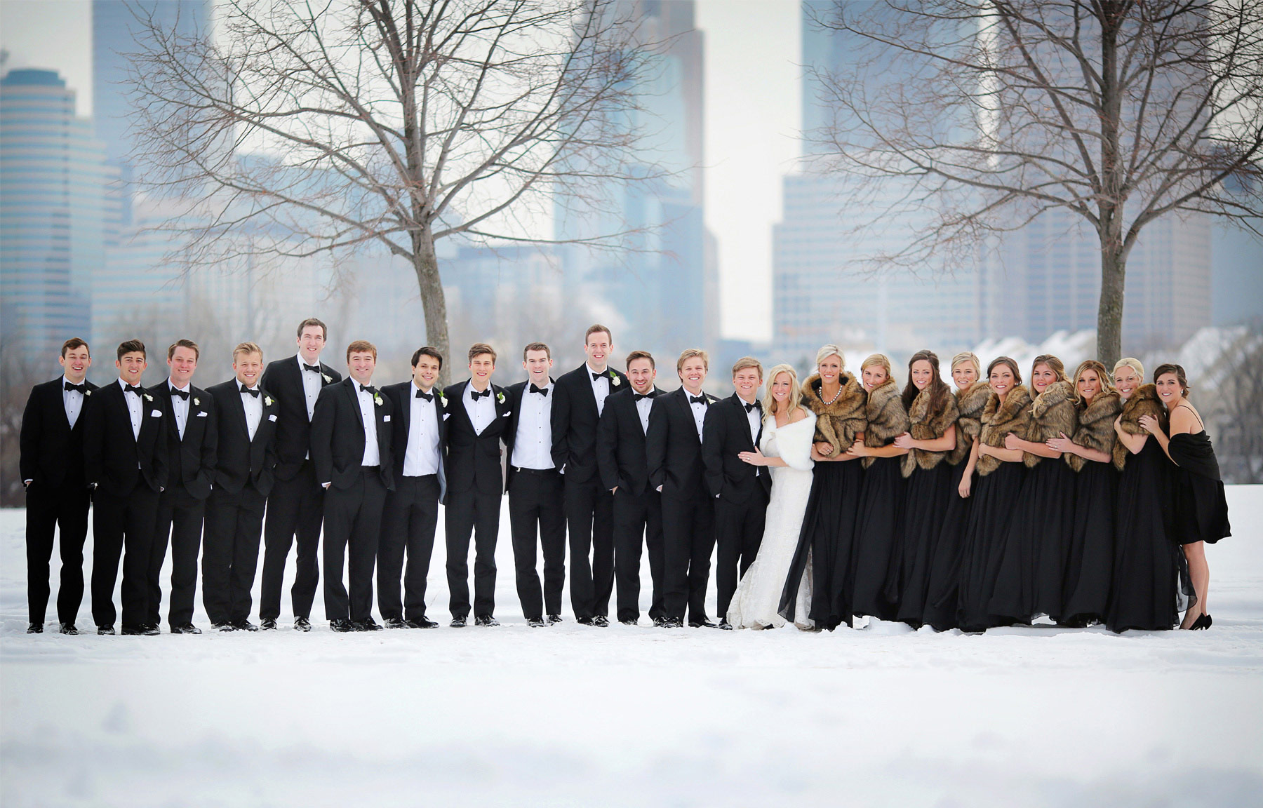 11-Minneapolis-Minnesota-Wedding-Photography-by-Vick-Photography-Downtown-Winter-Wedding-Party-Group-Caroline-and-J.jpg