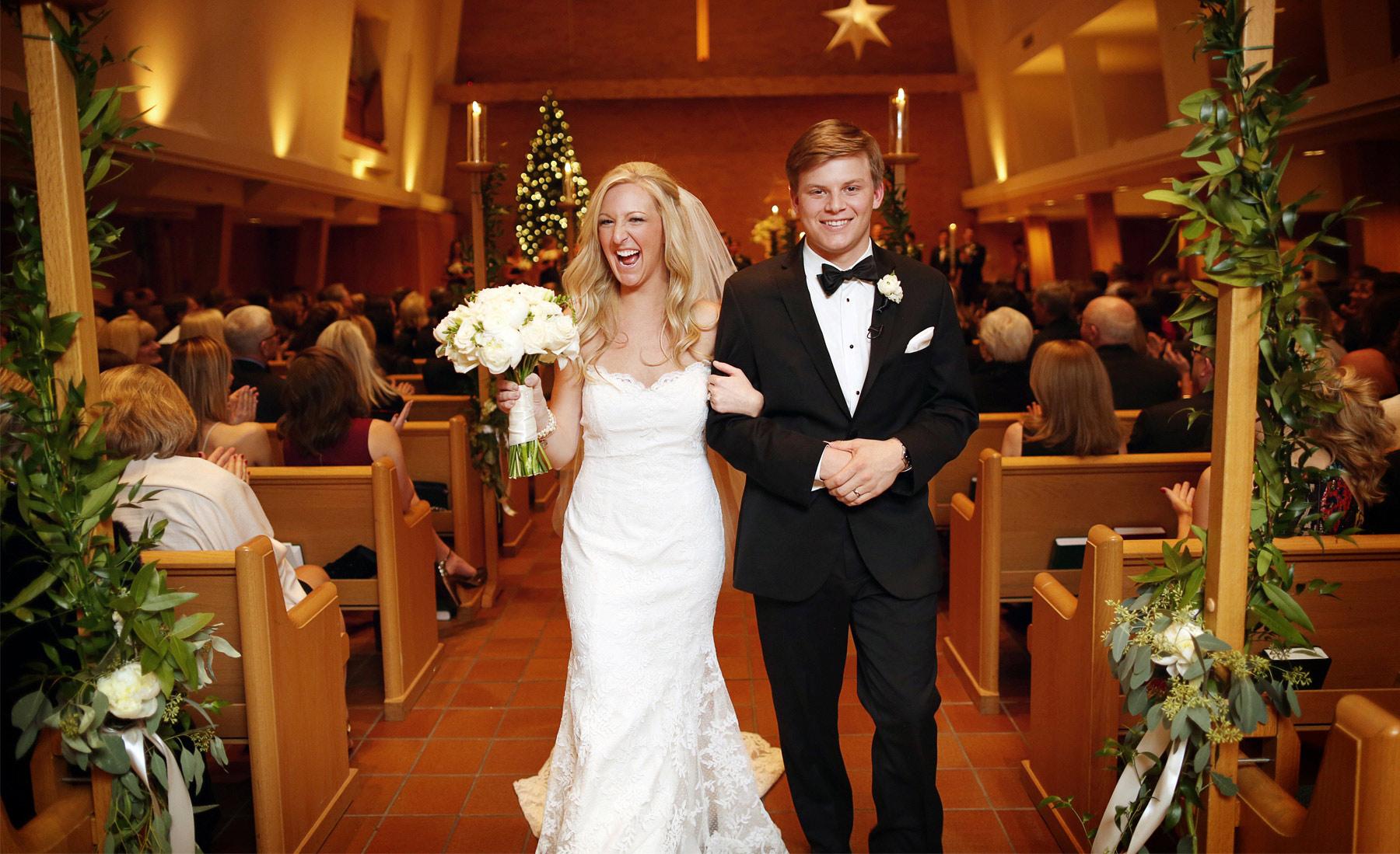 14-Minneapolis-Minnesota-Wedding-Photography-by-Vick-Photography-Ceremony--Normandale-Lutheran-Church-Caroline-and-J.jpg