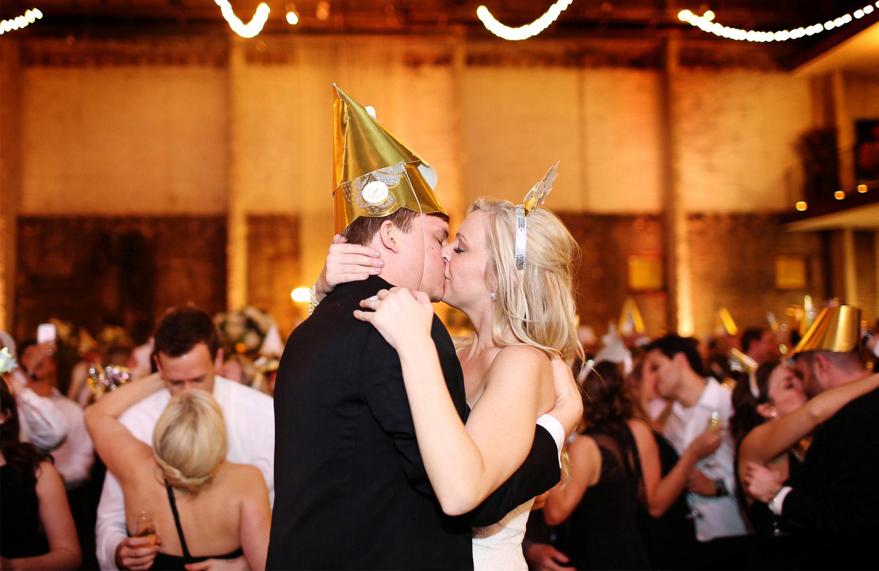 21-Minneapolis-Minnesota-Wedding-Photography-by-Vick-Photography-Aria-New-Years-Eve-Reception-Caroline-and-J.jpg