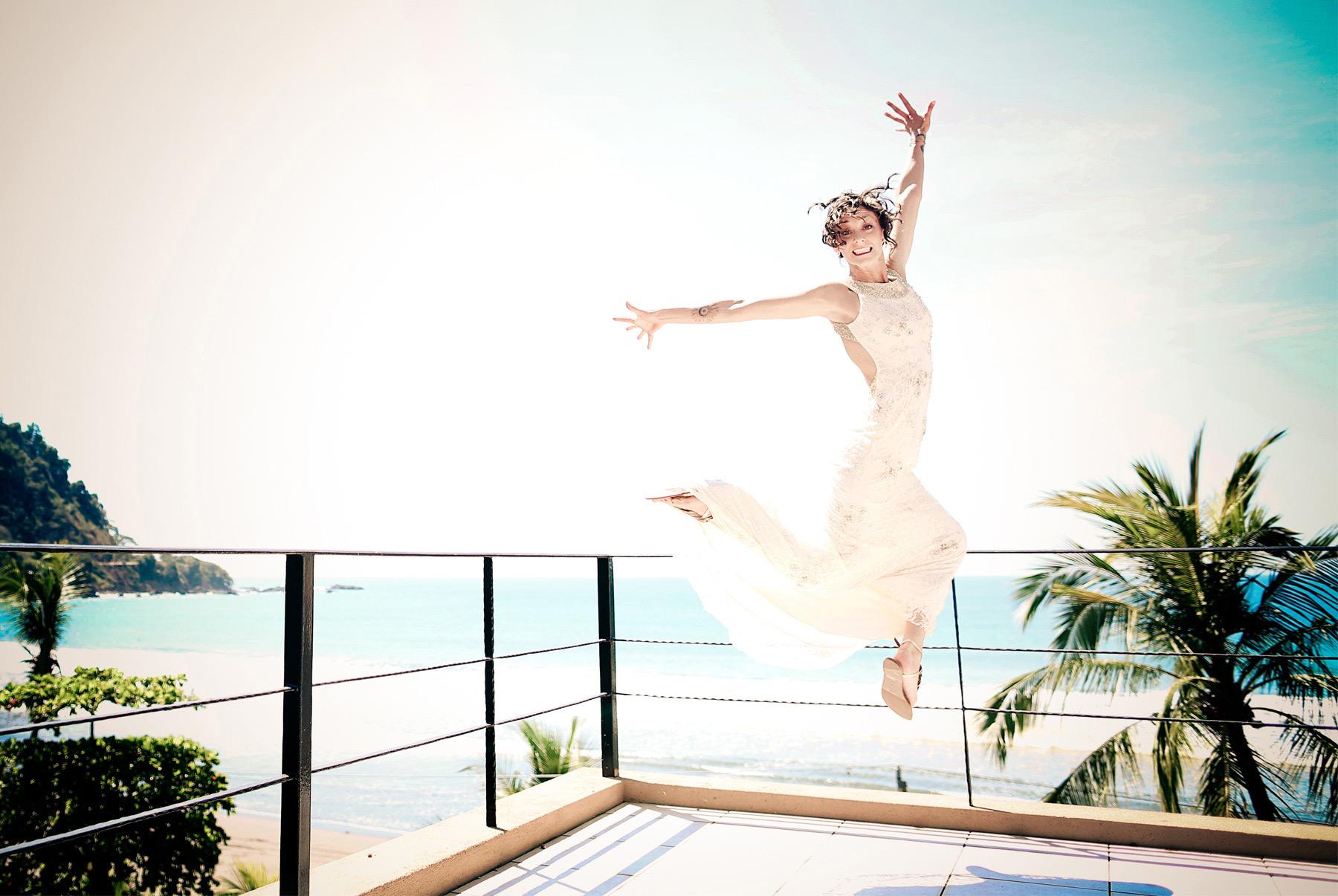 03-Costa-Rica-Wedding-Photography-by-Vick-Photography-Jaco-Tropical-Beach-Villa-Caletas-Resort-Alli-and-Duncan.jpg