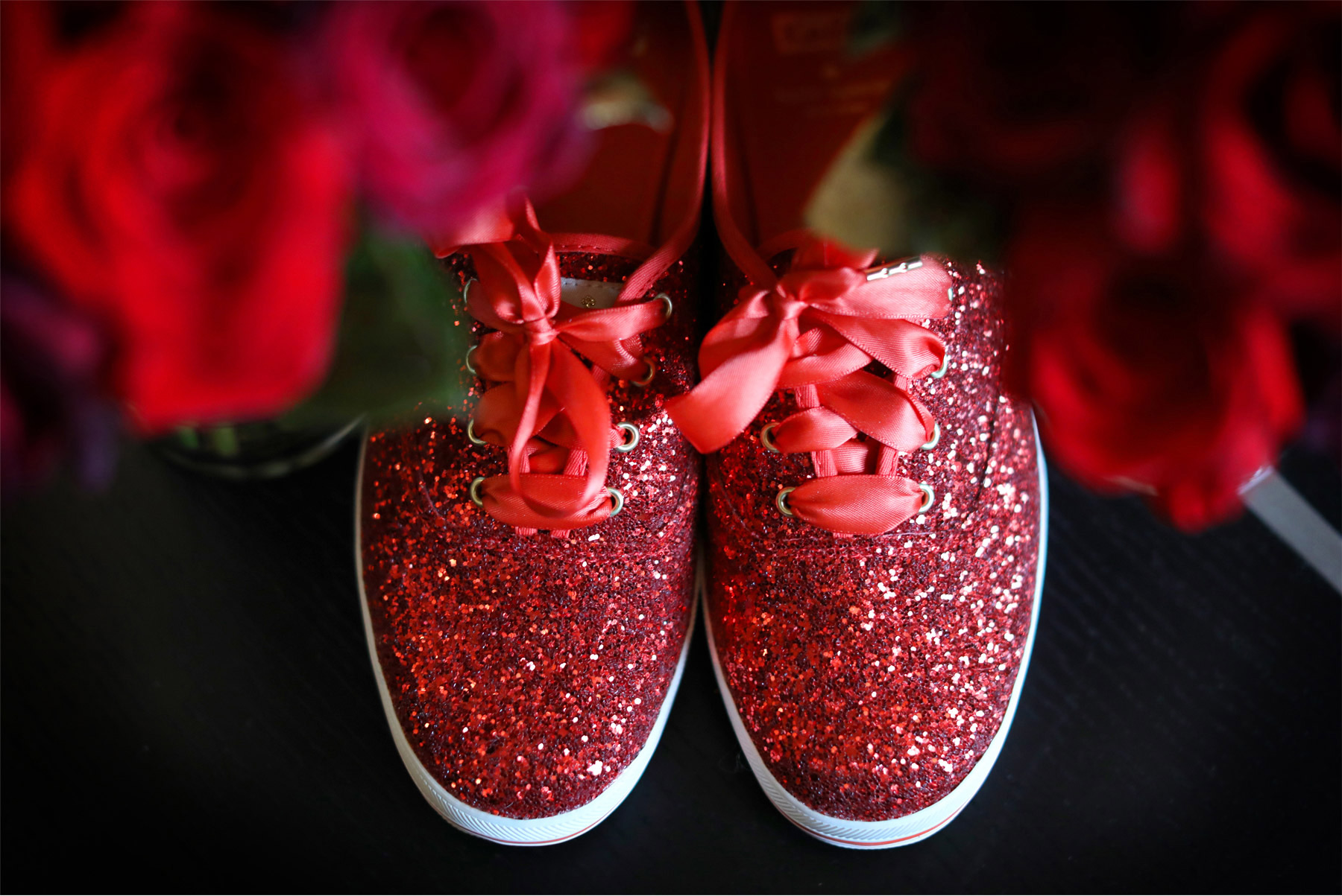 01-Minneapolis-Wedding-Photography-by-Vick-Photography-Details-Red-Glitter-Shoes-Sneakers-Shayla-and-Kyle.jpg