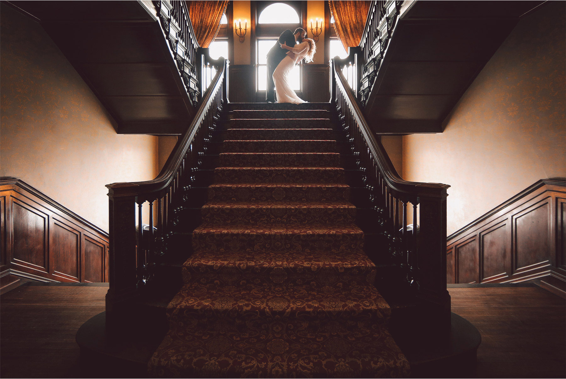 08-Minneapolis-Wedding-Photography-by-Vick-Photography-Mansion-Shayla-and-Kyle.jpg