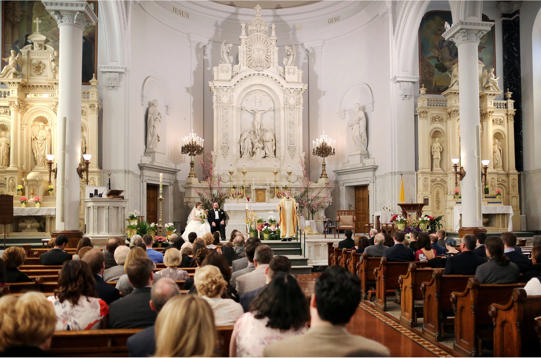 08-Michigan-Wedding-Photography-by-Vick-Photography-Ss.-Peter-&-Paul-Jesuit-Church-Ceremony-Janell-and-Anthony.jpg