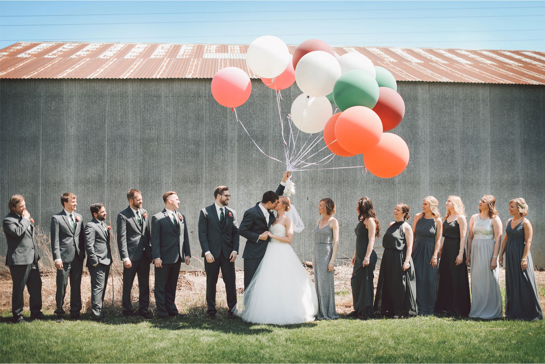 08-Minneapolis-Wedding-Photography-by-Vick-Photography-Balloons-Wedding-Party-Group-Country-Barn-Kasie-and-Joshua.jpg