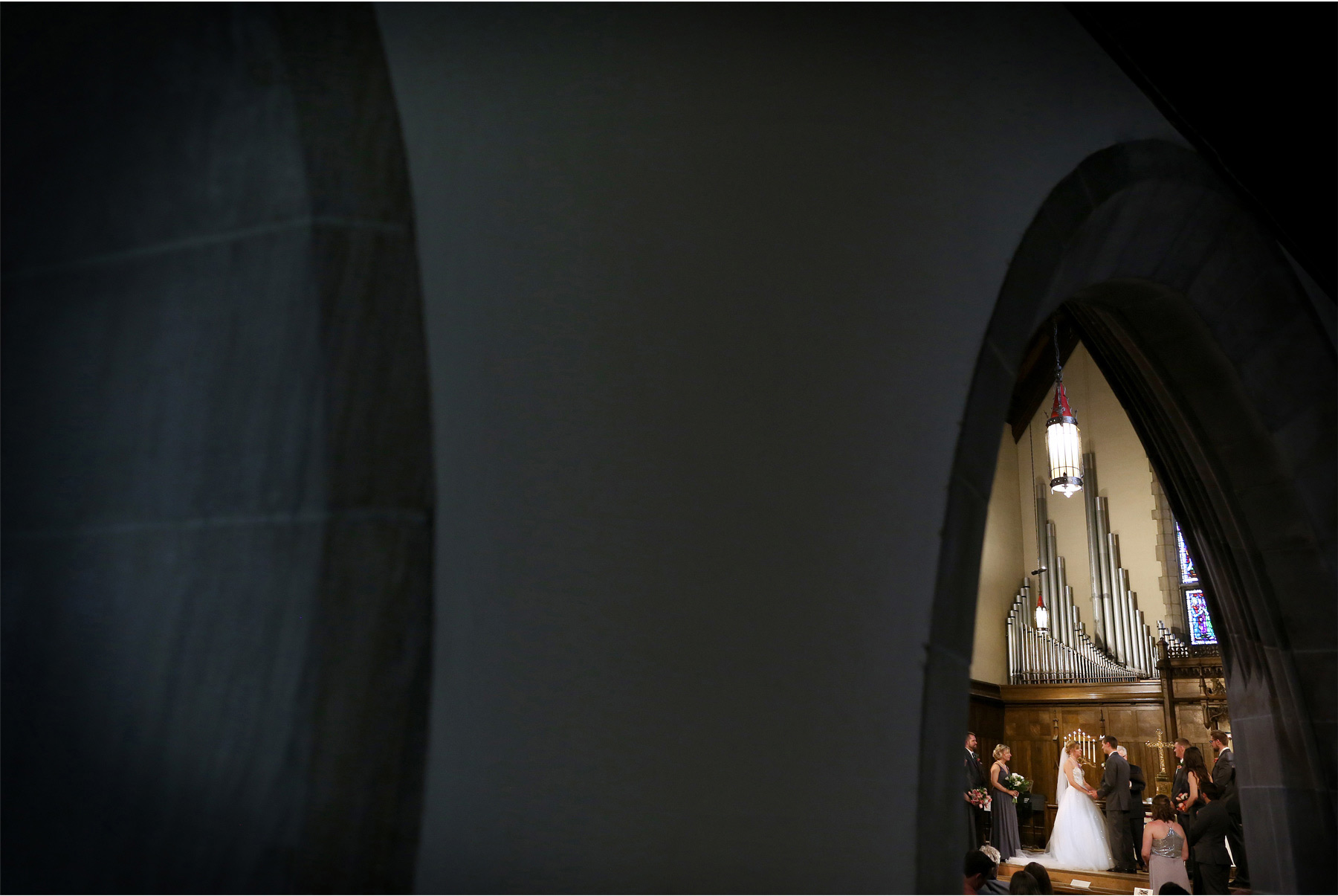 11-Minneapolis-Wedding-Photography-by-Vick-Photography-Hamline-Church-United-Methodist-Ceremony-Kasie-and-Joshua.jpg
