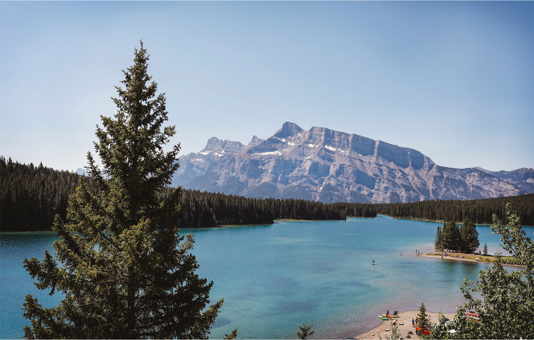 12-Banff-Canada-Engagement-Photography-by-Vick-Photography-Lake-Louise-Mountains-Lizz-and-Brady.jpg