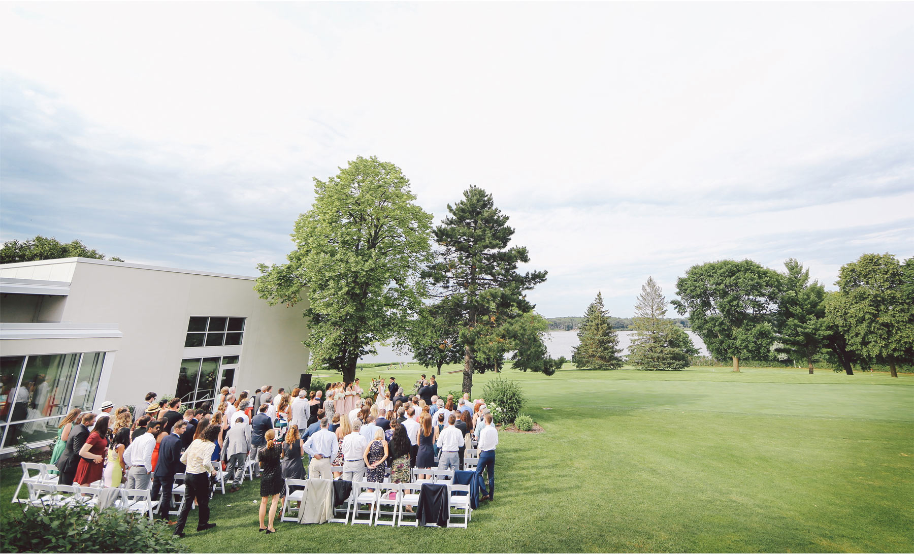 10-Minneapolis-Minnesota-Wedding-Photography-by-Vick-Photography-Lafayette-Club-Outdoor-Ceremony-Maggie-and-Nicholas.jpg
