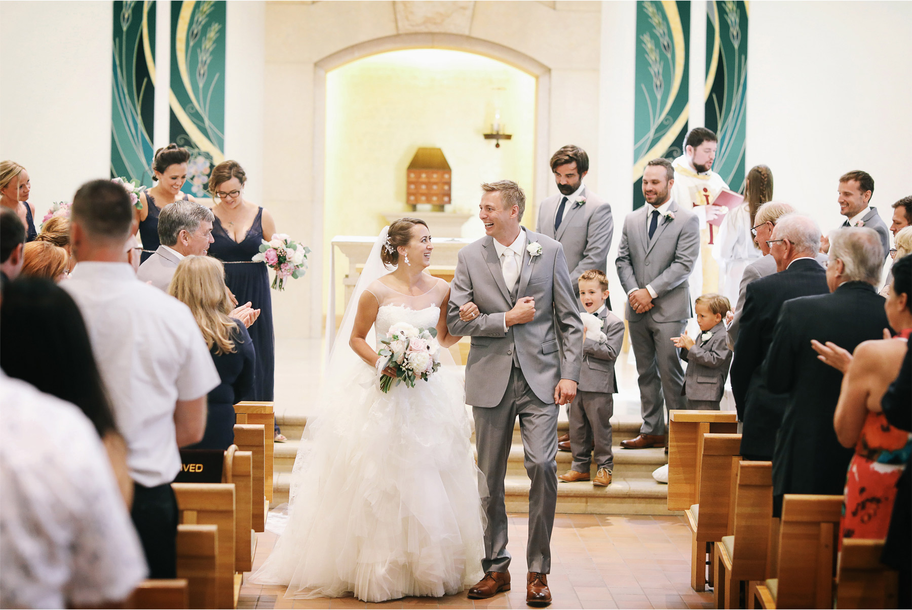 12-Minneapolis-Minnesota-Wedding-Photography-by-Vick-Photography-Our-Lady-of-Grace-Church-Ceremony-Brigid-and-Ernie.jpg