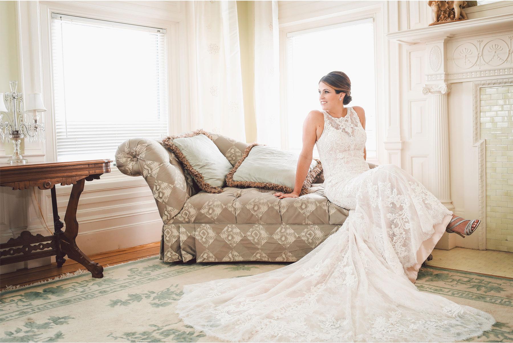 02-Minneapolis-Minnesota-Wedding-Photographer-by-Vick-Photography-Van-Dusen-Mansion-Wedding-Dress-Getting-Ready-Megan-and-Ned.jpg