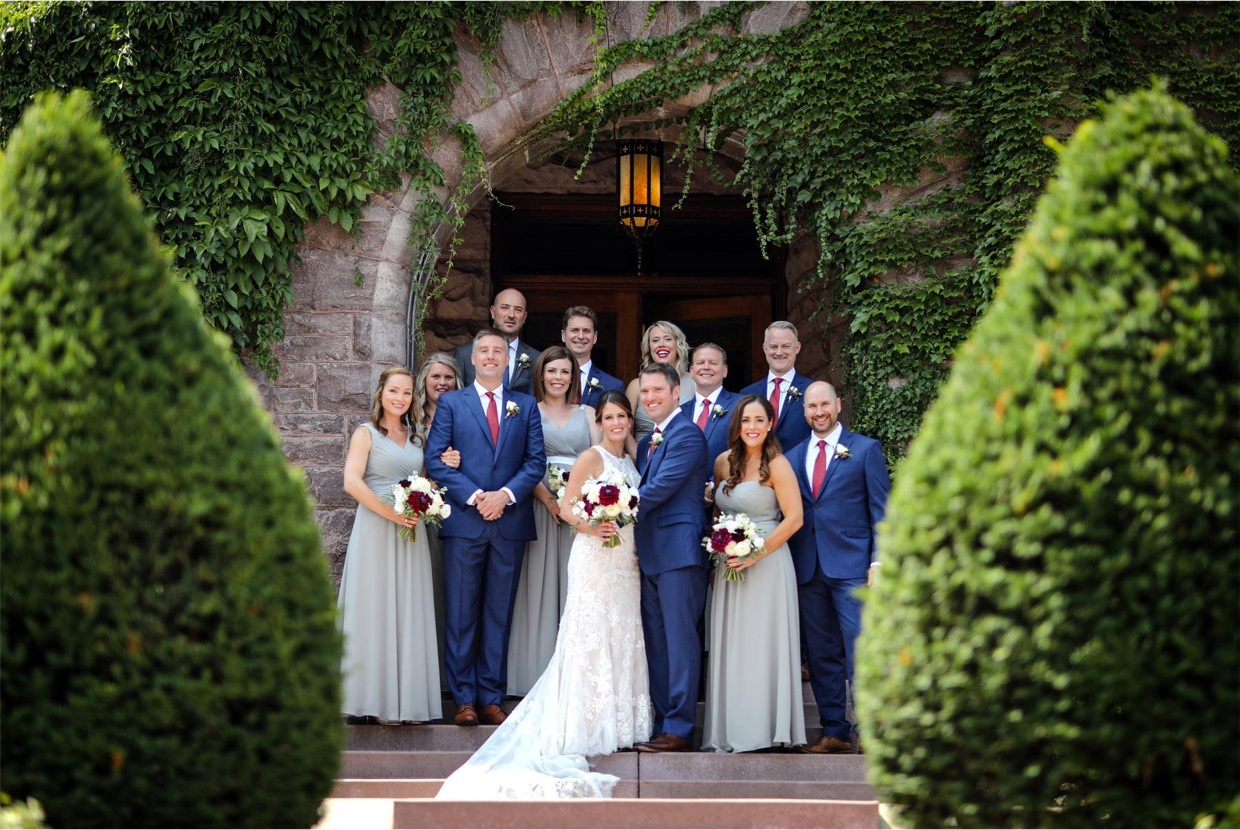 10-Minneapolis-Minnesota-Wedding-Photographer-by-Vick-Photography-Van-Dusen-Mansion-Wedding-Party-Group-Megan-and-Ned.jpg