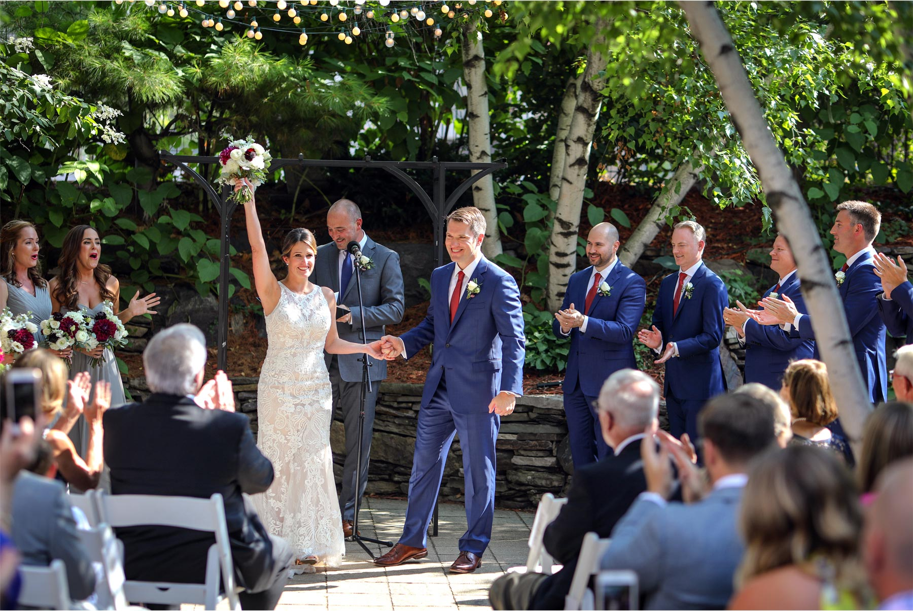 15-Minneapolis-Minnesota-Wedding-Photographer-by-Vick-Photography-Van-Dusen-Mansion-Outdoor-Ceremony-Megan-and-Ned.jpg