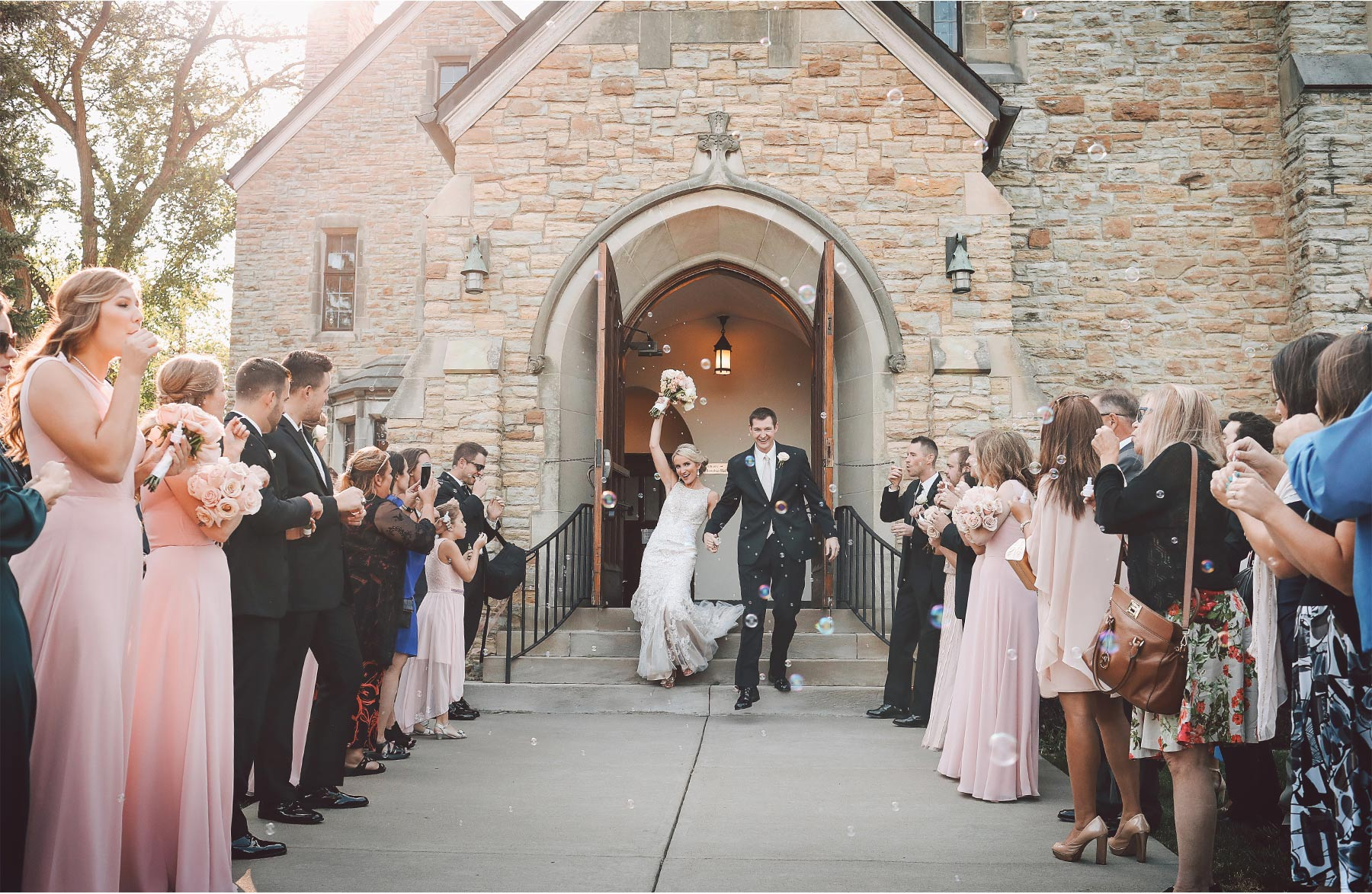 11-Minneapolis-Minnesota-Wedding-Photography-by-Vick-Photography-Ceremony-Lake-of-the-Isles-Lutheran-Church-Bubble-Send-Off-Jenna-and-Josh.jpg