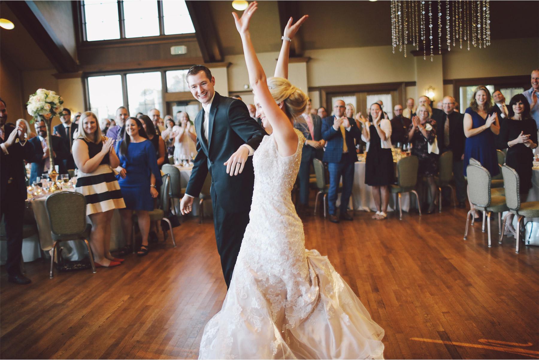 20-Minneapolis-Minnesota-Wedding-Photography-by-Vick-Photography-Golf-Course-Interlachen-Country-Club--Reception-Jenna-and-Josh.jpg