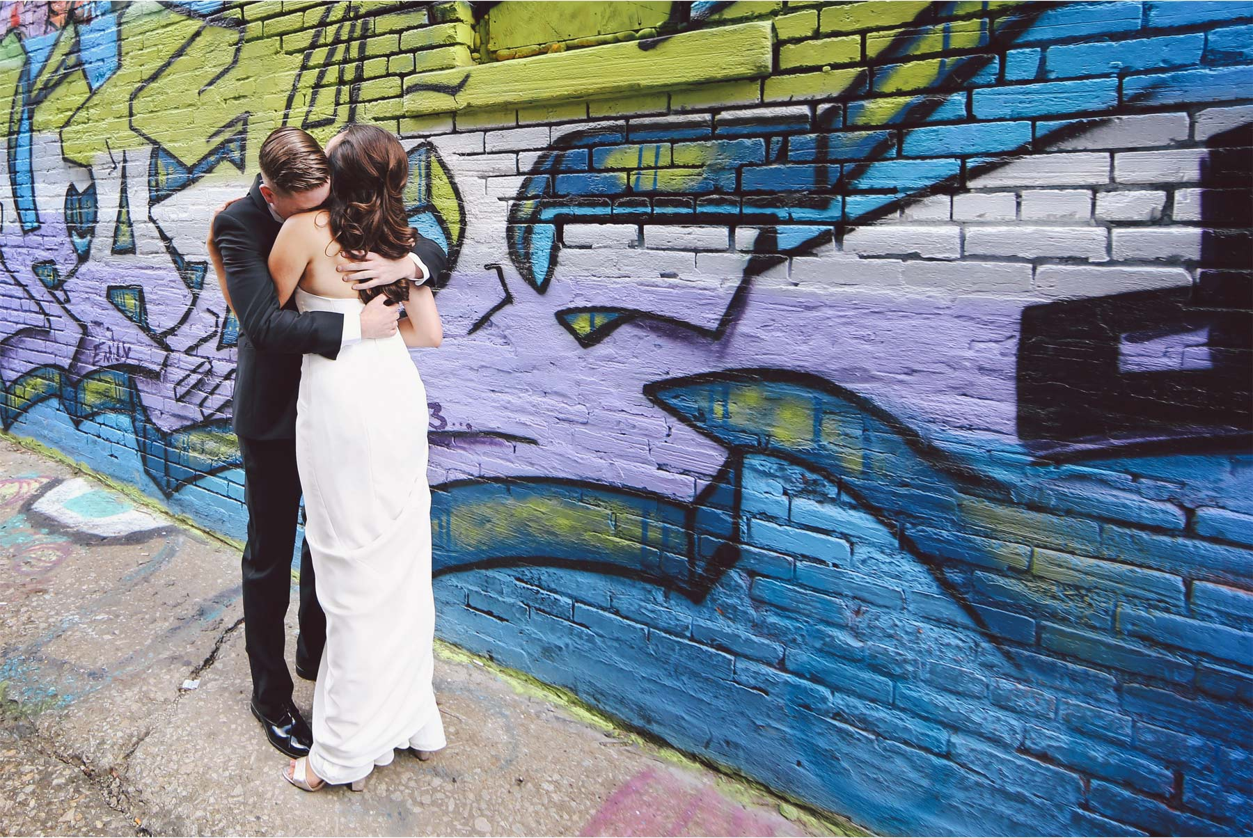 06-Kansas-City-Missouri-Destination-Wedding-Photography-by-Vick-Photography-First-Look-Graffiti-Wall-Downtown-Carly-and-Kenny.jpg
