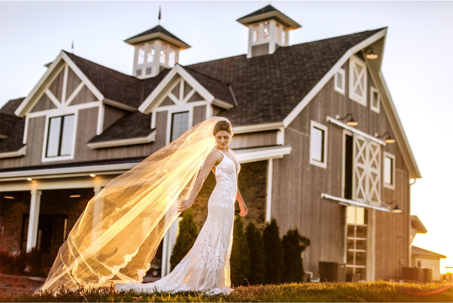16-Ashery-Lane-Farm-Minneapolis-Minnesota-Wedding-Styled-Shoot-New-Venue-Barn-Orchard-Vineyard-Sunset.jpg