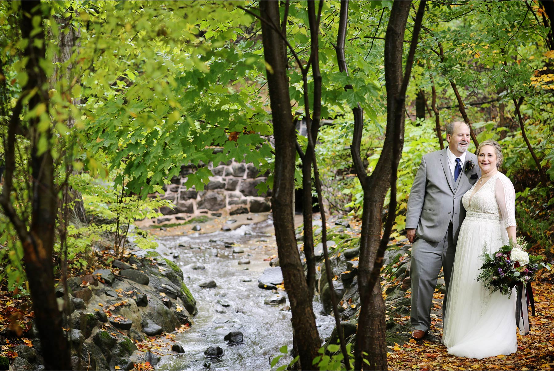 05-Duluth-Minnesota-Wedding-Photography-by-Vick-Photography-Glensheen-Mansion-First-Look-Autumn-Fall-Kelli-and-Marc.jpg