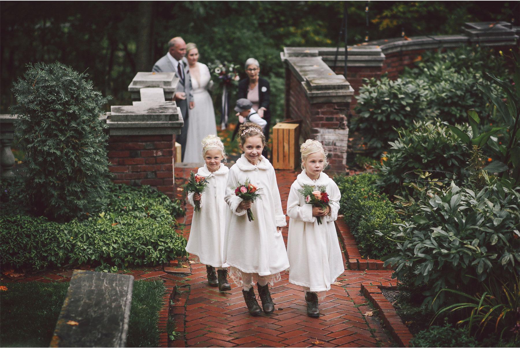 11-Duluth-Minnesota-Wedding-Photography-by-Vick-Photography-Glensheen-Mansion-Flower-Girls-Outdoor-Ceremony-Rain-Fall-Autumn-Kelli-and-Marc.jpg