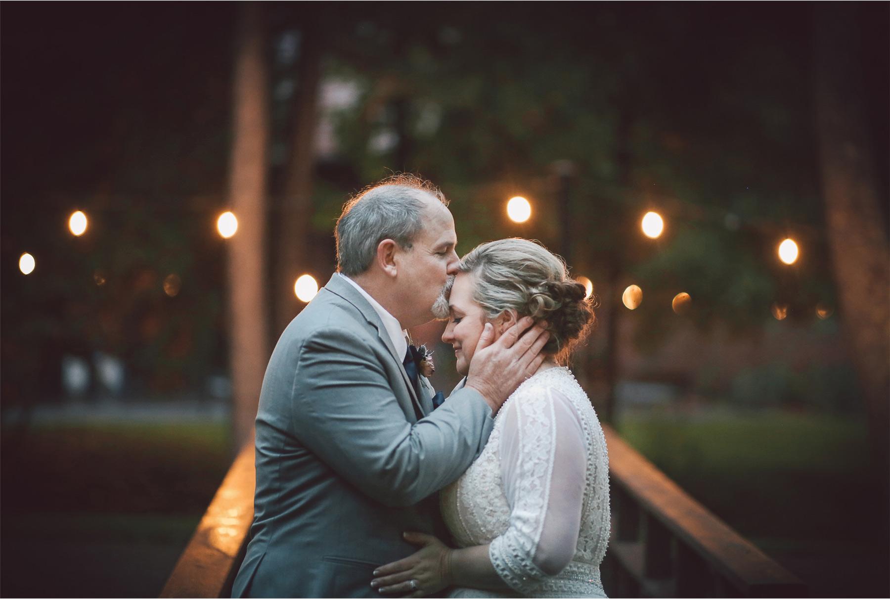 18-Duluth-Minnesota-Wedding-Photography-by-Vick-Photography-Glensheen-Mansion-Kelli-and-Marc.jpg