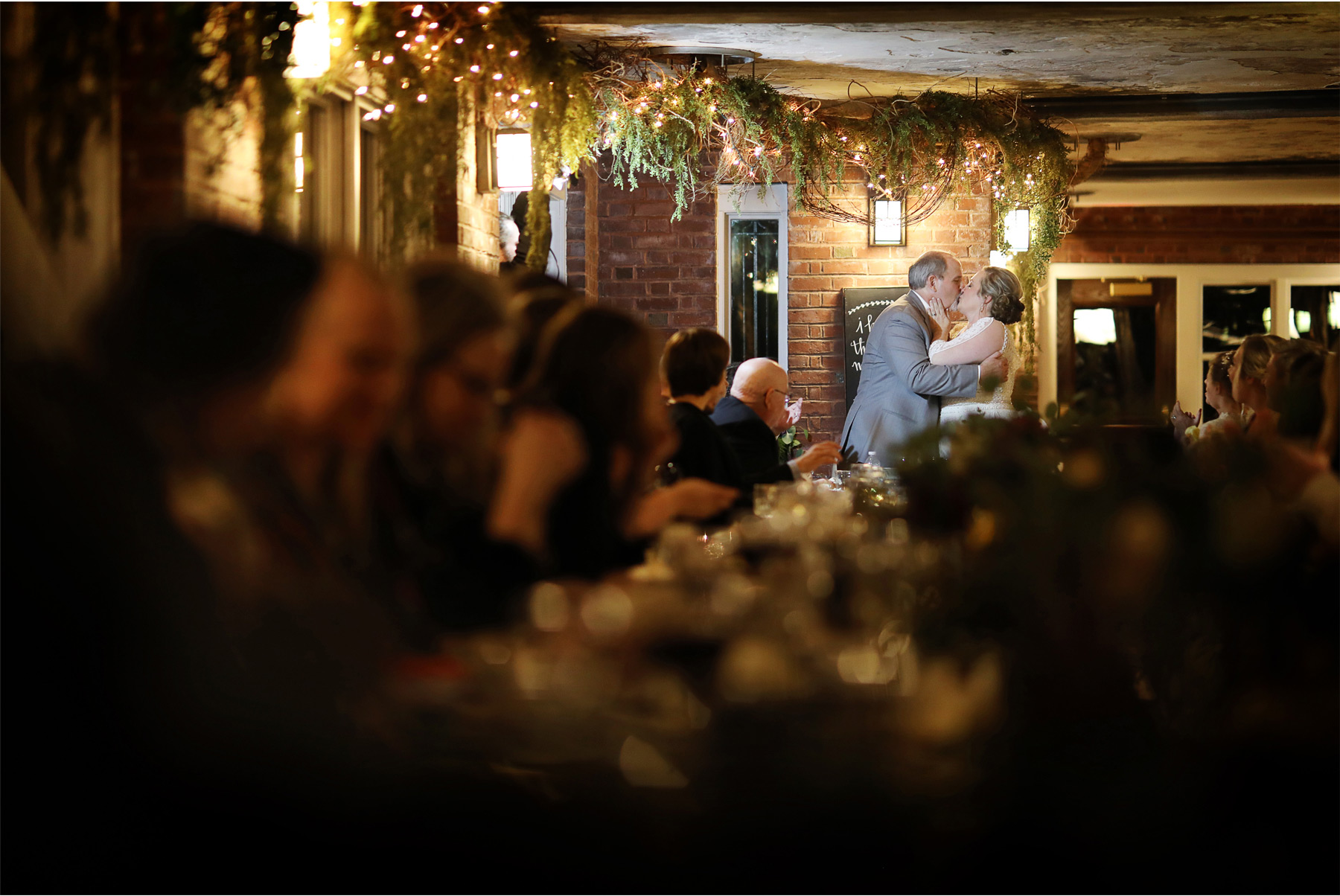 20-Duluth-Minnesota-Wedding-Photography-by-Vick-Photography-Glensheen-Mansion-Reception-Kelli-and-Marc.jpg