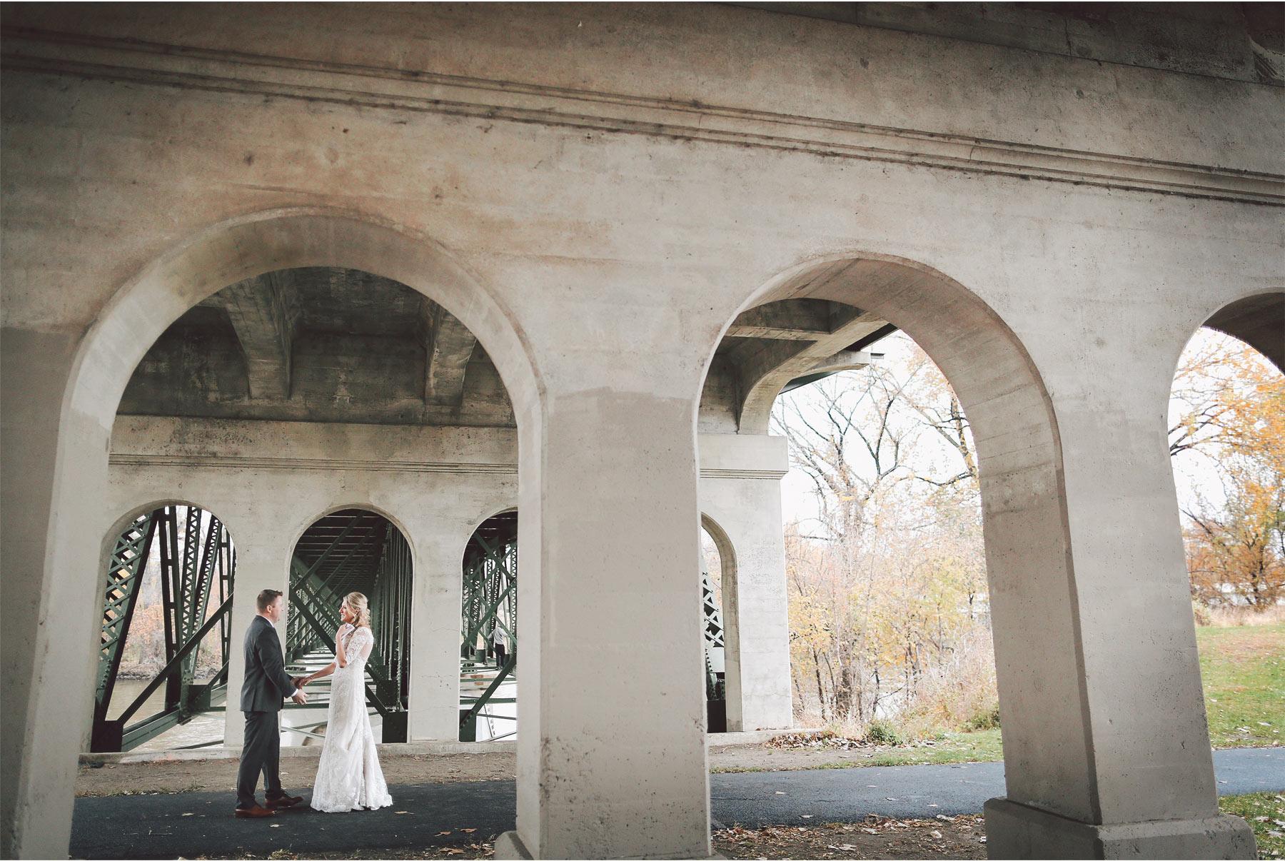 05-Shakopee-Minnesota-Wedding-Photography-by-Vick-Photography-First-Look-Bridge-Amber-and-Justin.jpg