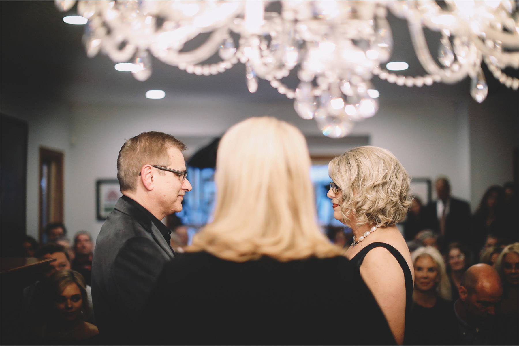 12-Minneapolis-Minnesota-Wedding-Photography-by-Vick-Photography-Home-Wedding-Ceremony-Joan-and-Tim.jpg