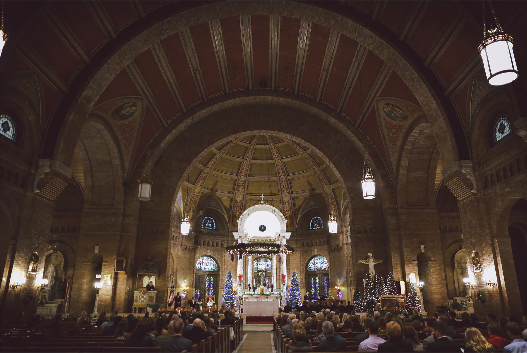 13-Minneapolis-Minnesota-Wedding-Photographer-by-Vick-Photography-Church-of-Incarnation-Ceremony-Maggie-and-Matt.jpg