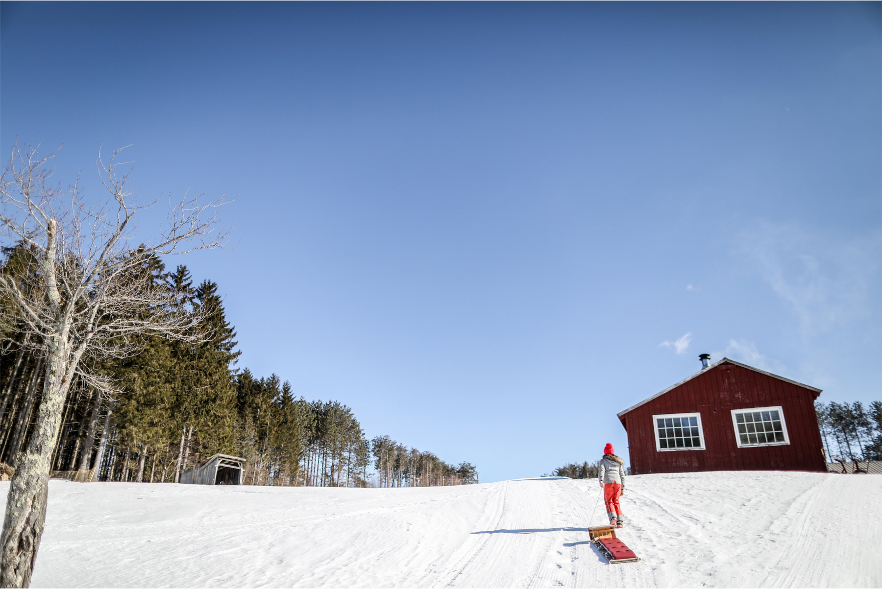 12-Stowe-Vermont-by-Andrew-Vick-Photography-Edson-Hill-Winter-Lodge-Sledding.jpg