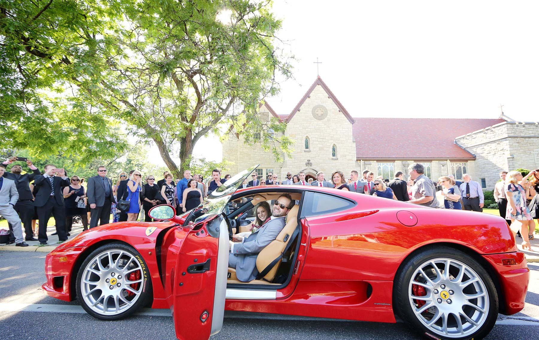 18-Minneapolis-Minnesota-Wedding-Photographer-by-Andrew-Vick-Photography-Summer-Diamond-Lake-Church-Classic-Car-Bride-Groom-Natalie-and-Andrew.jpg