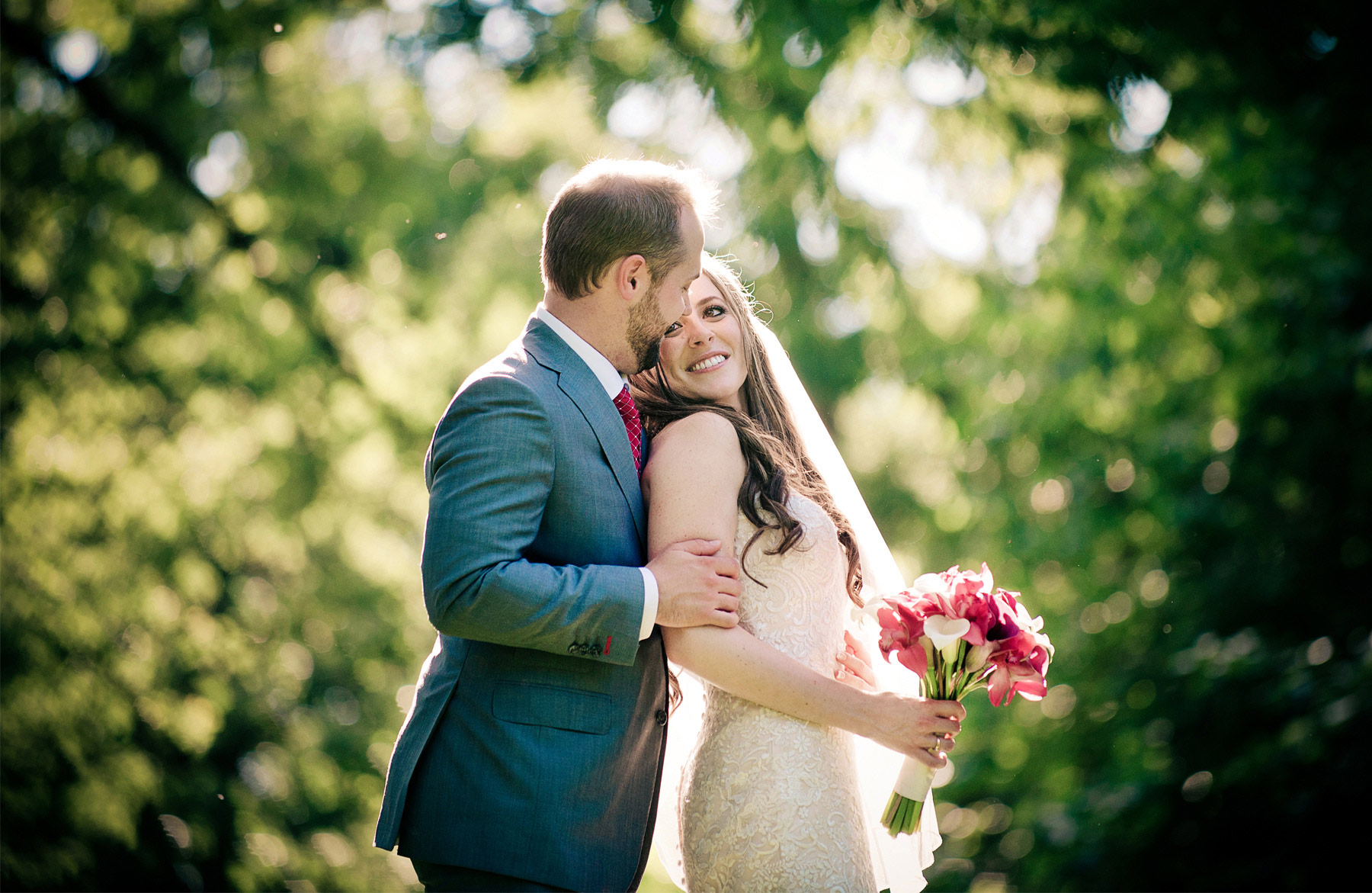 21-Minneapolis-Minnesota-Wedding-Photographer-by-Andrew-Vick-Photography-Summer-Embrace-Woods-Bride-Groom-Natalie-and-Andrew.jpg