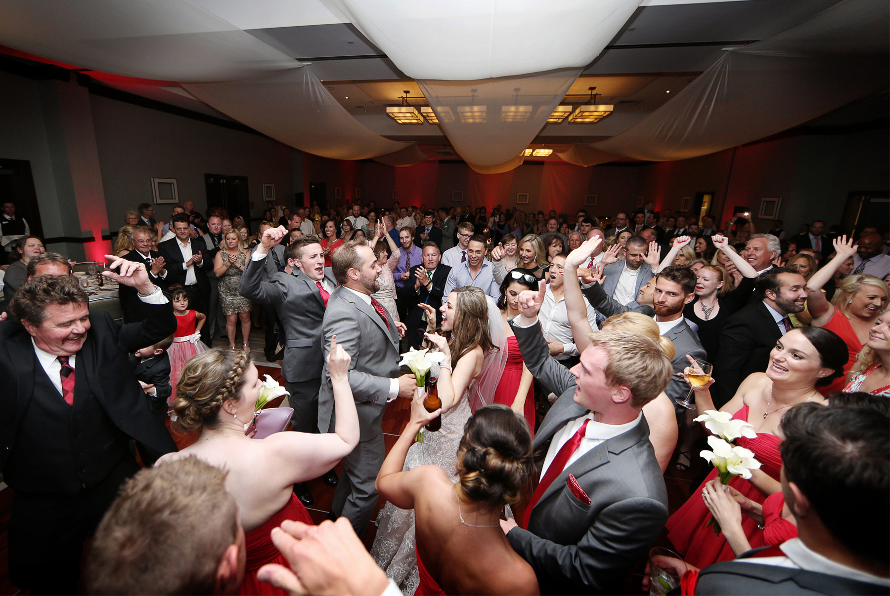 24-Minneapolis-Minnesota-Wedding-Photographer-by-Andrew-Vick-Photography-Summer-Edina-Westin-Hotel-Reception-Dance-Celebration-Bride-Groom-Natalie-and-Andrew.jpg