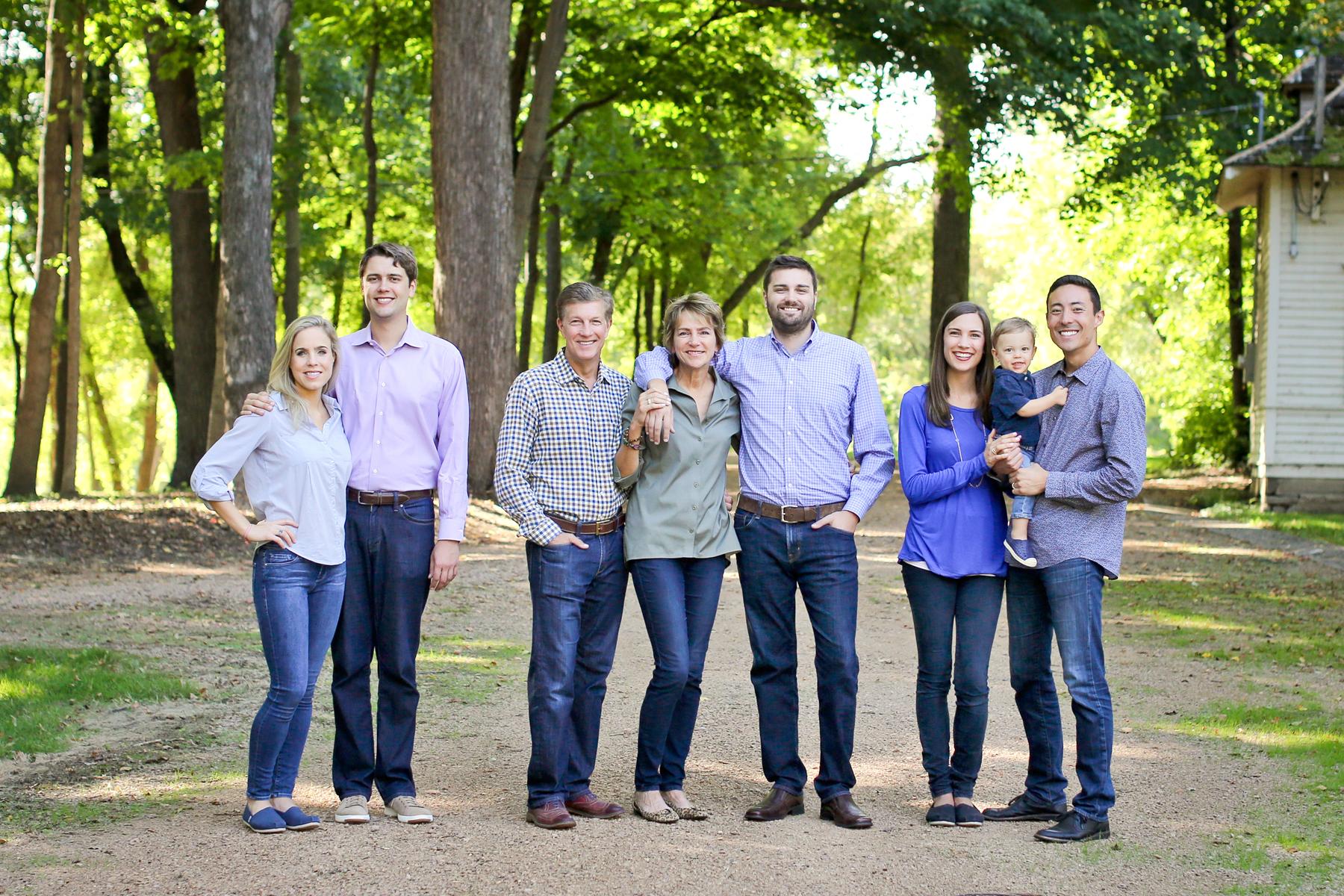 03 Living Room Studios Portraits Family Reunion.jpg