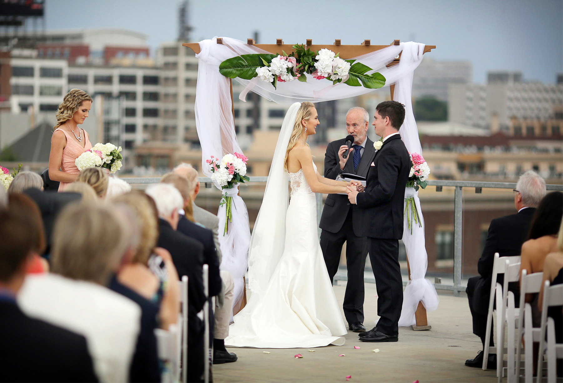12-Saint-Paul-Minnesota-Wedding-Photographer-by-Andrew-Vick-Photography-Summer-Abulae-Ceremony-Groom-Bride-Dress-Vows-Laura-and-Tim.jpg