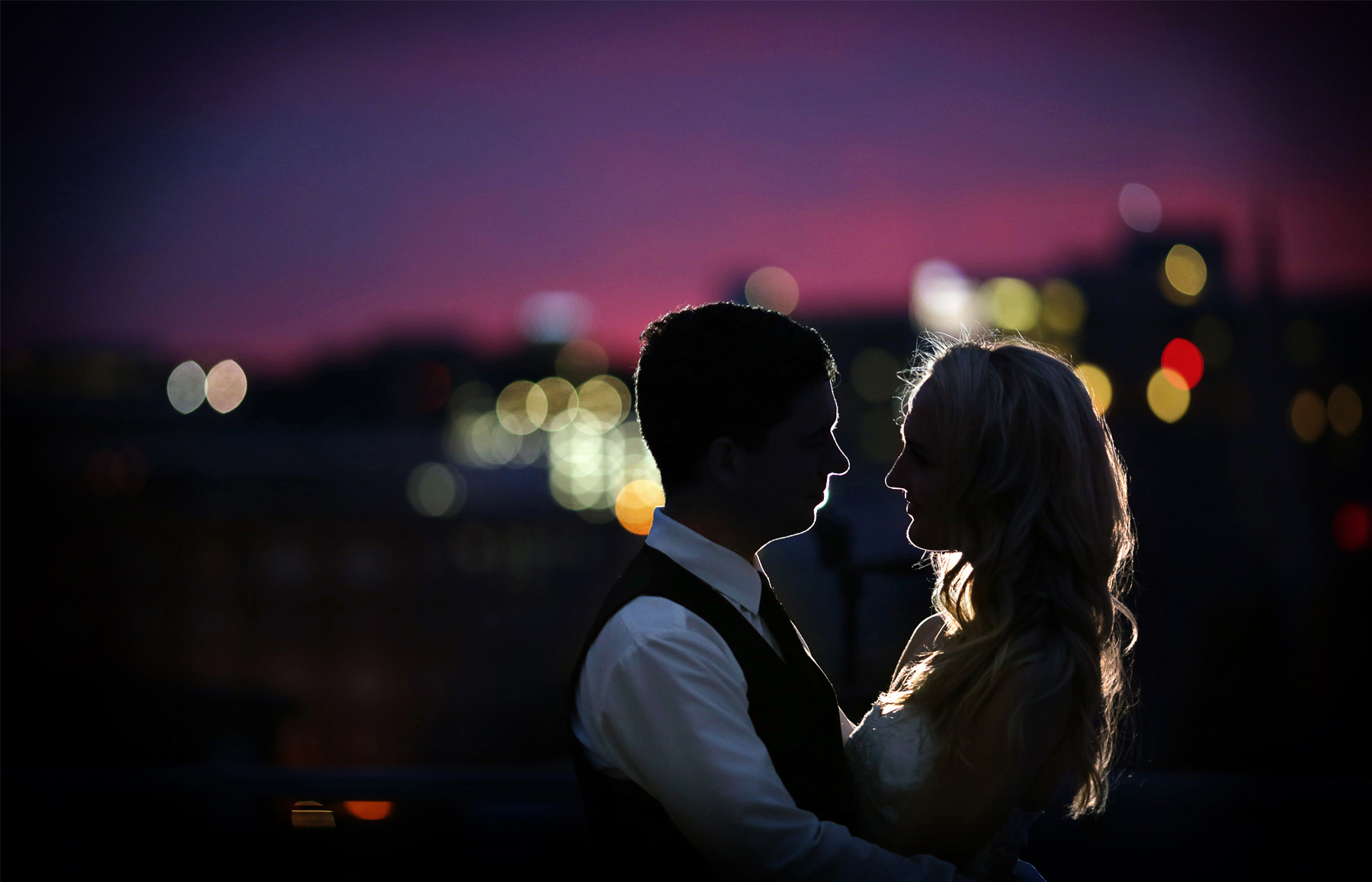 25-Saint-Paul-Minnesota-Wedding-Photographer-by-Andrew-Vick-Photography-Summer-Bride-Groom-Night-Romance-Laura-and-Tim.jpg