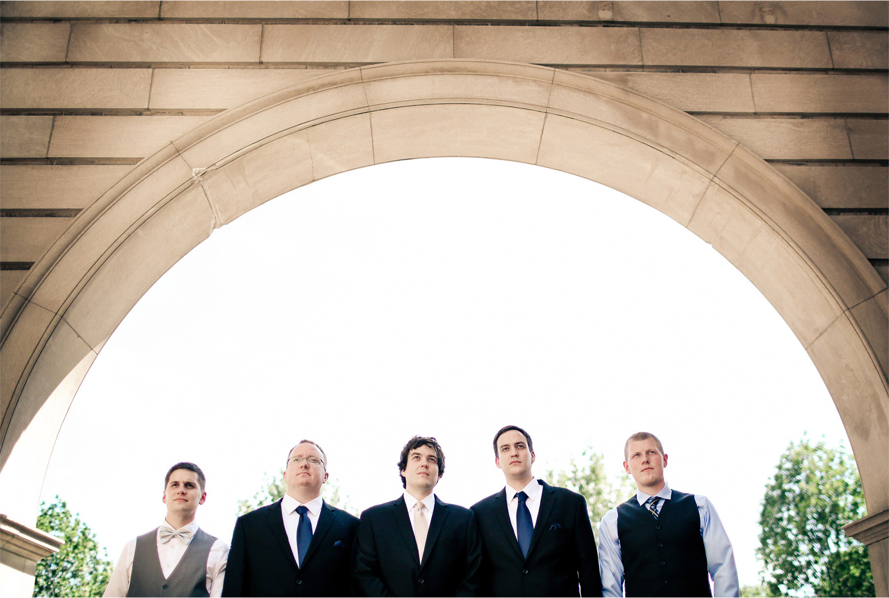 05-Minneapolis-Minnesota-Wedding-Photographer-by-Andrew-Vick-Photography-Summer-Semple-Mansion-Groom-Groomsmen-Vintage-Stephanie-and-Brady.jpg