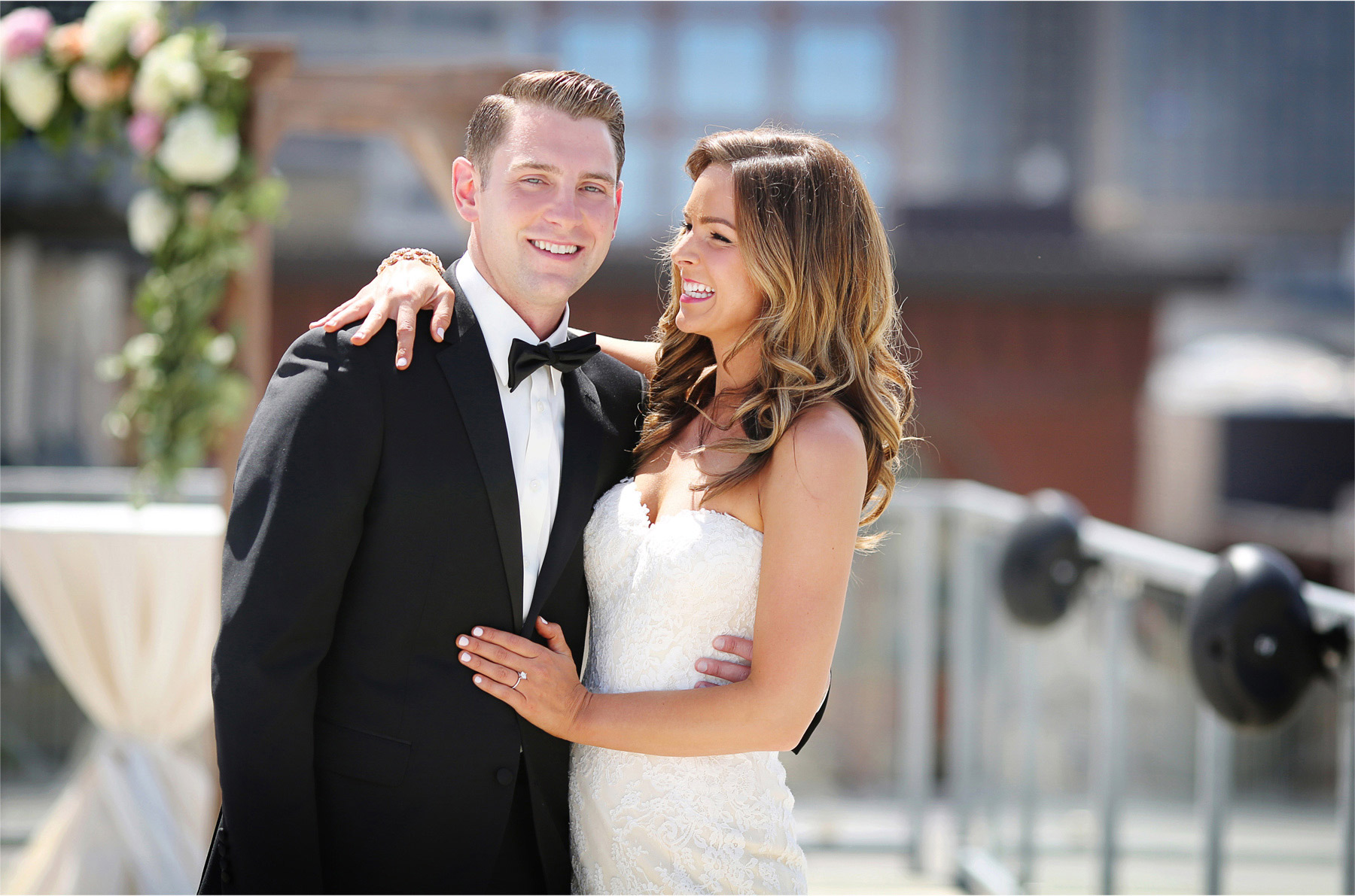 08-Saint-Paul-Minnesota-Wedding-Photographer-by-Andrew-Vick-Photography-Summer-Abulae-First-Meeting-Bride-Groom-Embrace-Molly-and-Dan.jpg